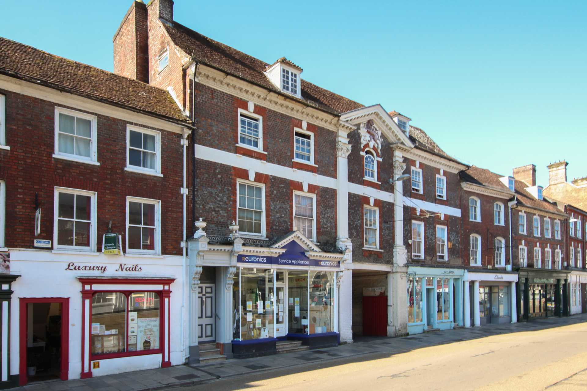 1 bed flat for sale in Market Place, Blandford Forum, Blandford Forum  - Property Image 1