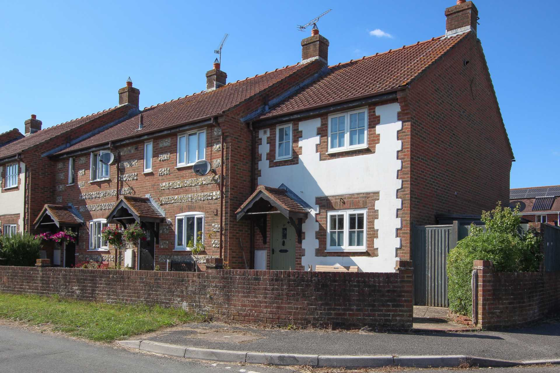 3 bed end of terrace house for sale in Plumbley Meadows, Winterborne Kingston, Blandford Forum 0