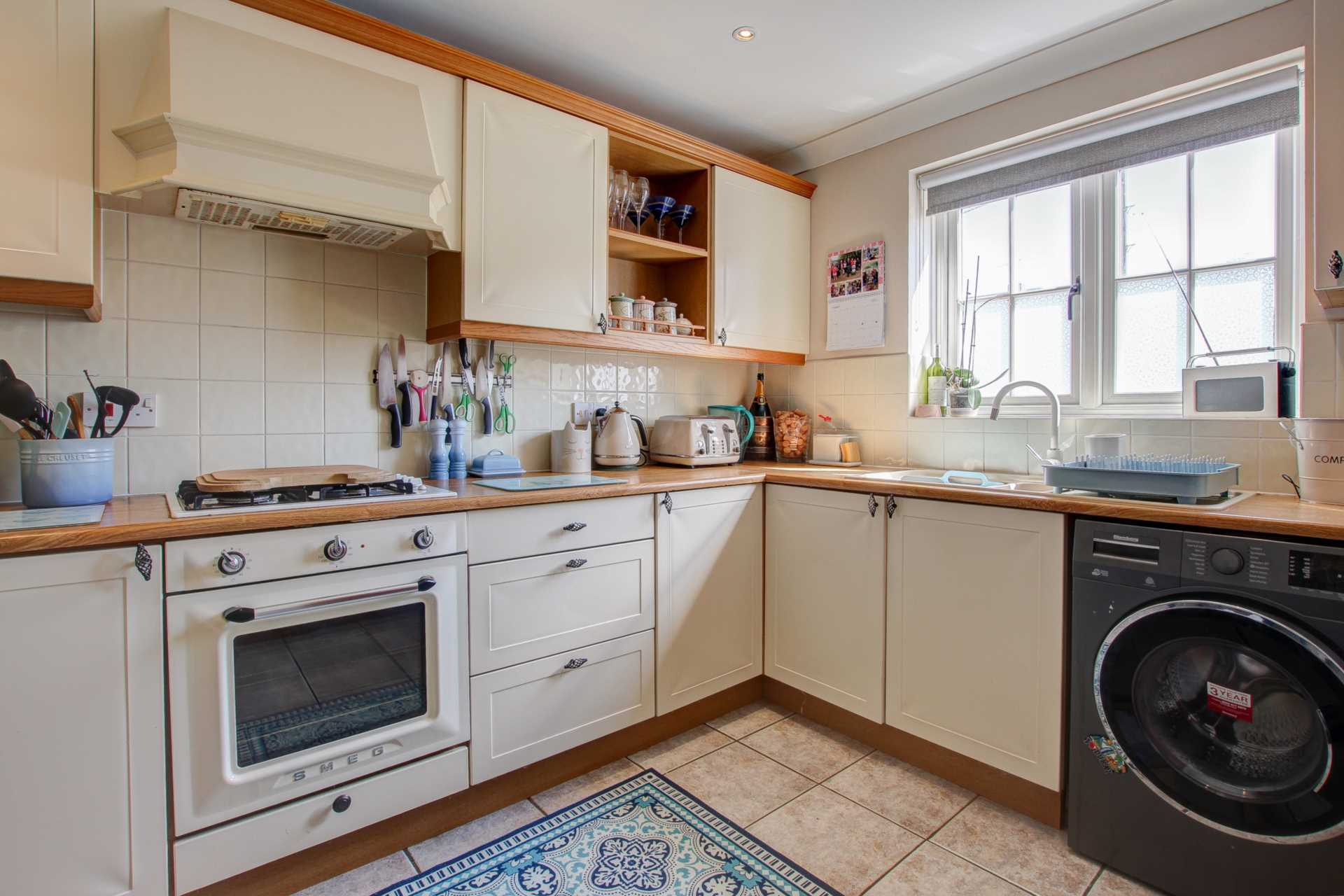 3 bed end of terrace house for sale in Plumbley Meadows, Winterborne Kingston, Blandford Forum 1