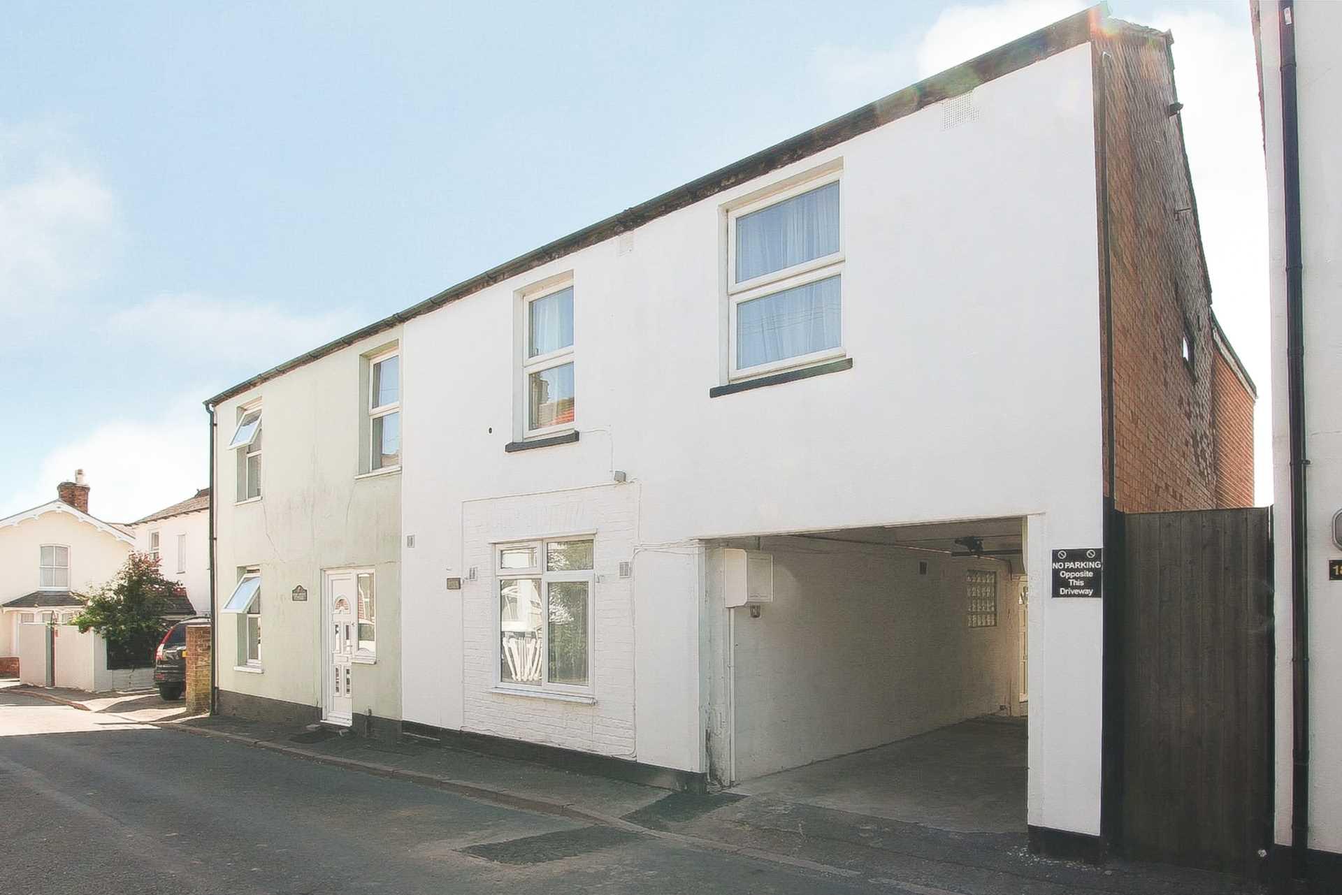 1 bed flat for sale in Albert Street, Blandford Forum, Blandford Forum - Property Image 1