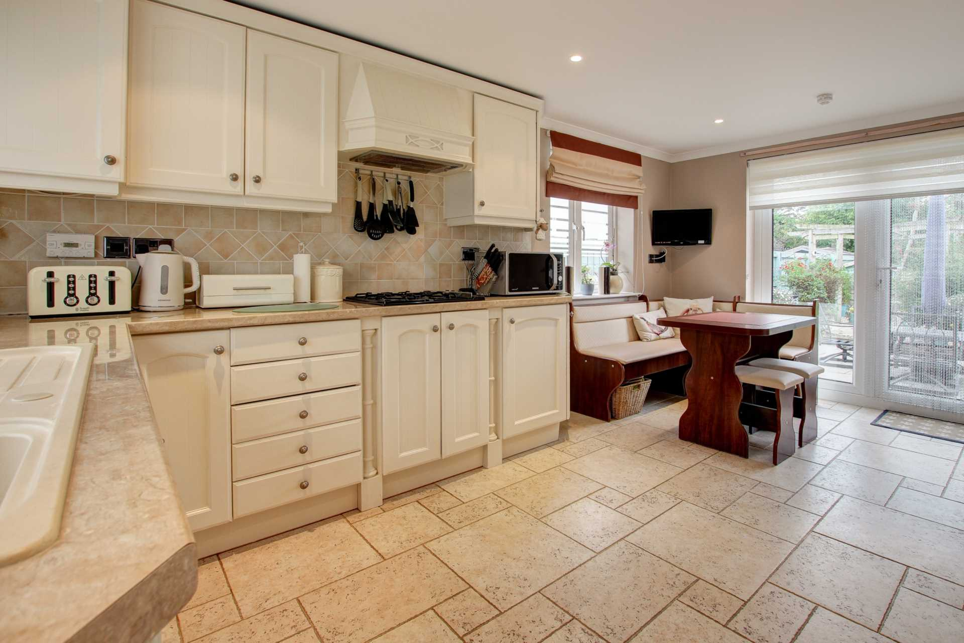 4 bed detached house for sale in Maple Vale, Whatcombe Lane, Winterborne Whitechurch, Blandford Forum 6