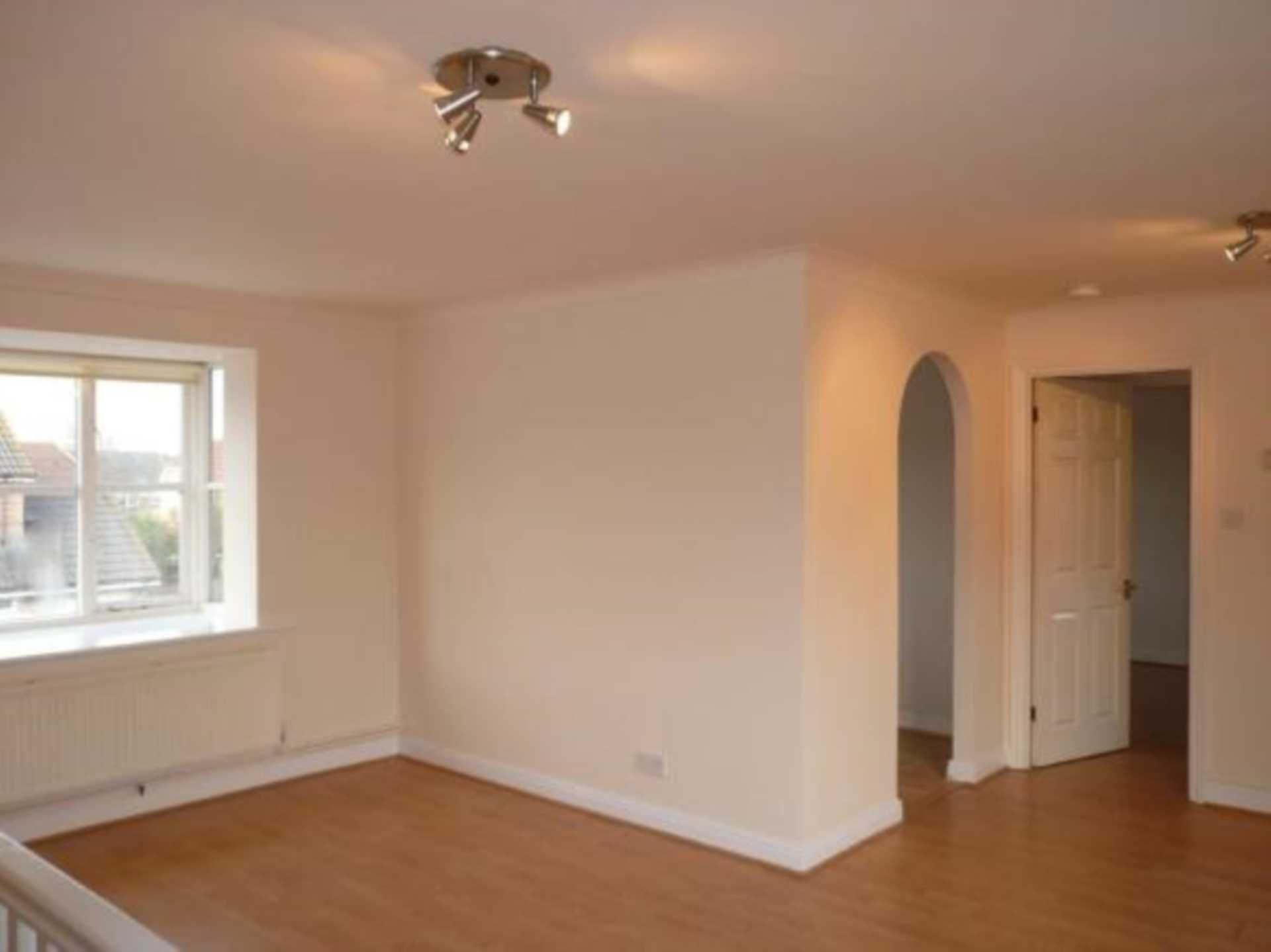 1 bed coach house to rent in Ivy Close, Gillingham 1