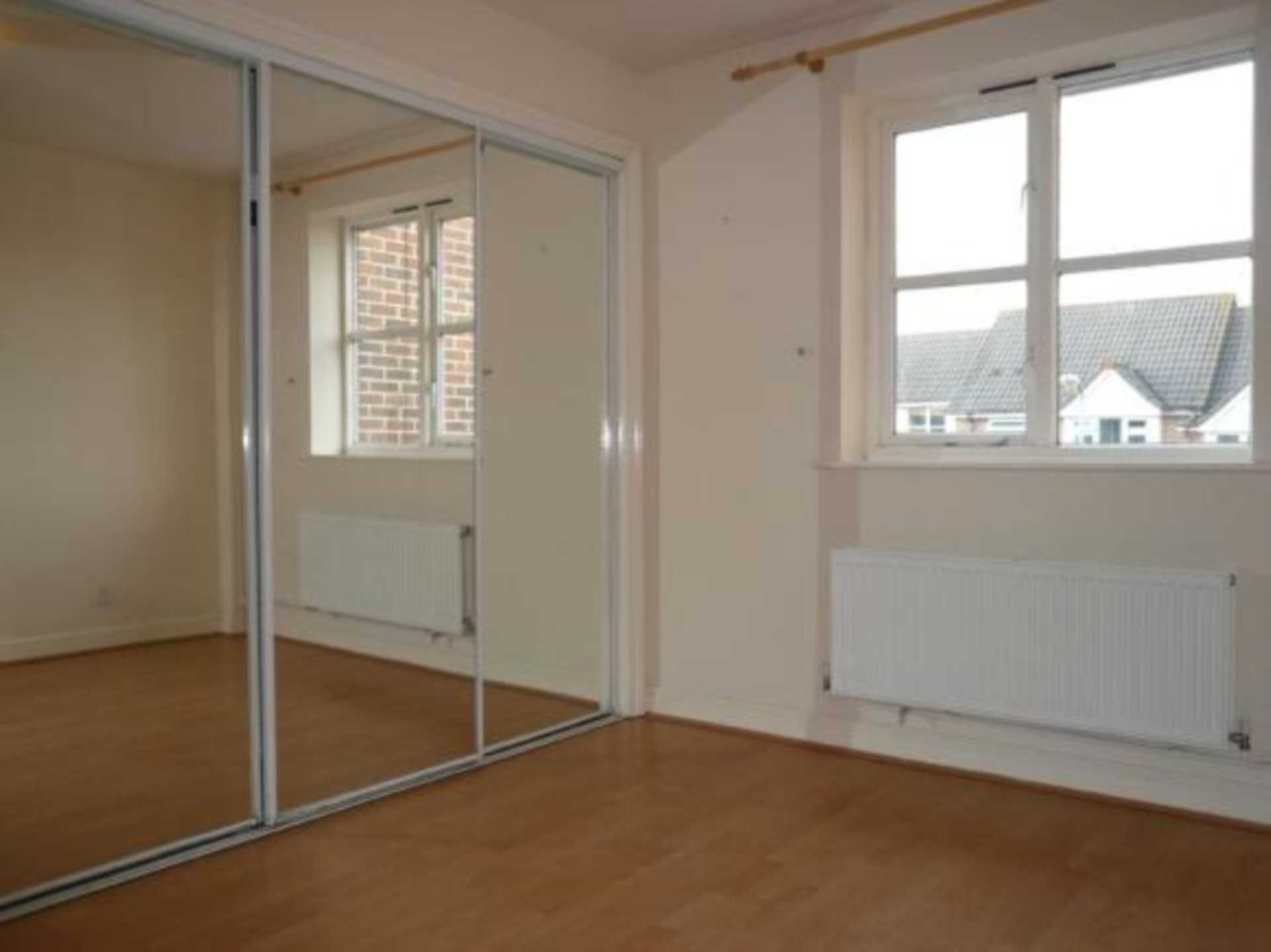 1 bed coach house to rent in Ivy Close, Gillingham 4
