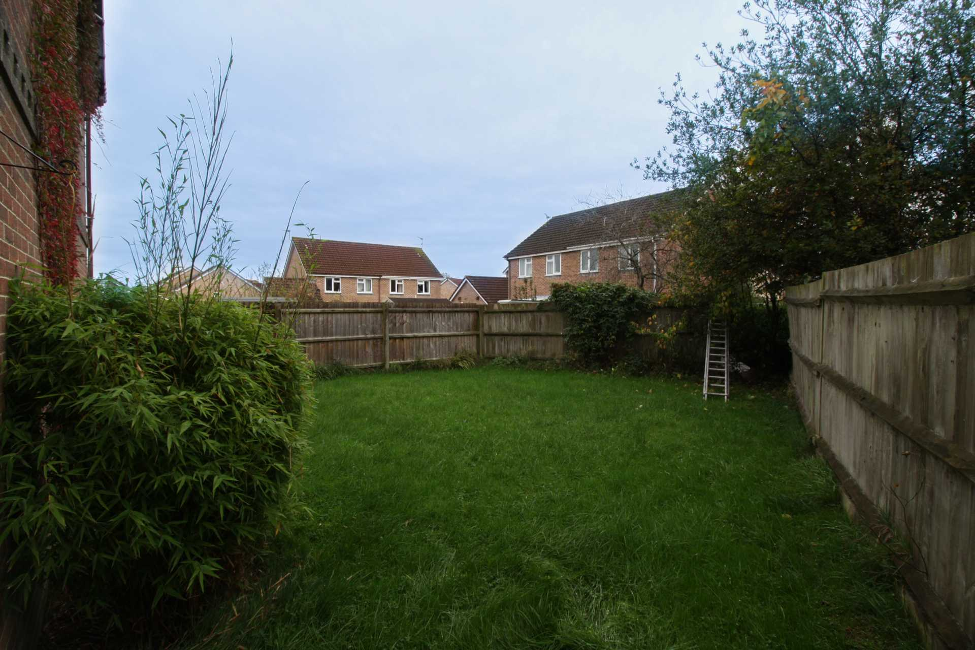1 bed coach house to rent in Ivy Close, Gillingham 6