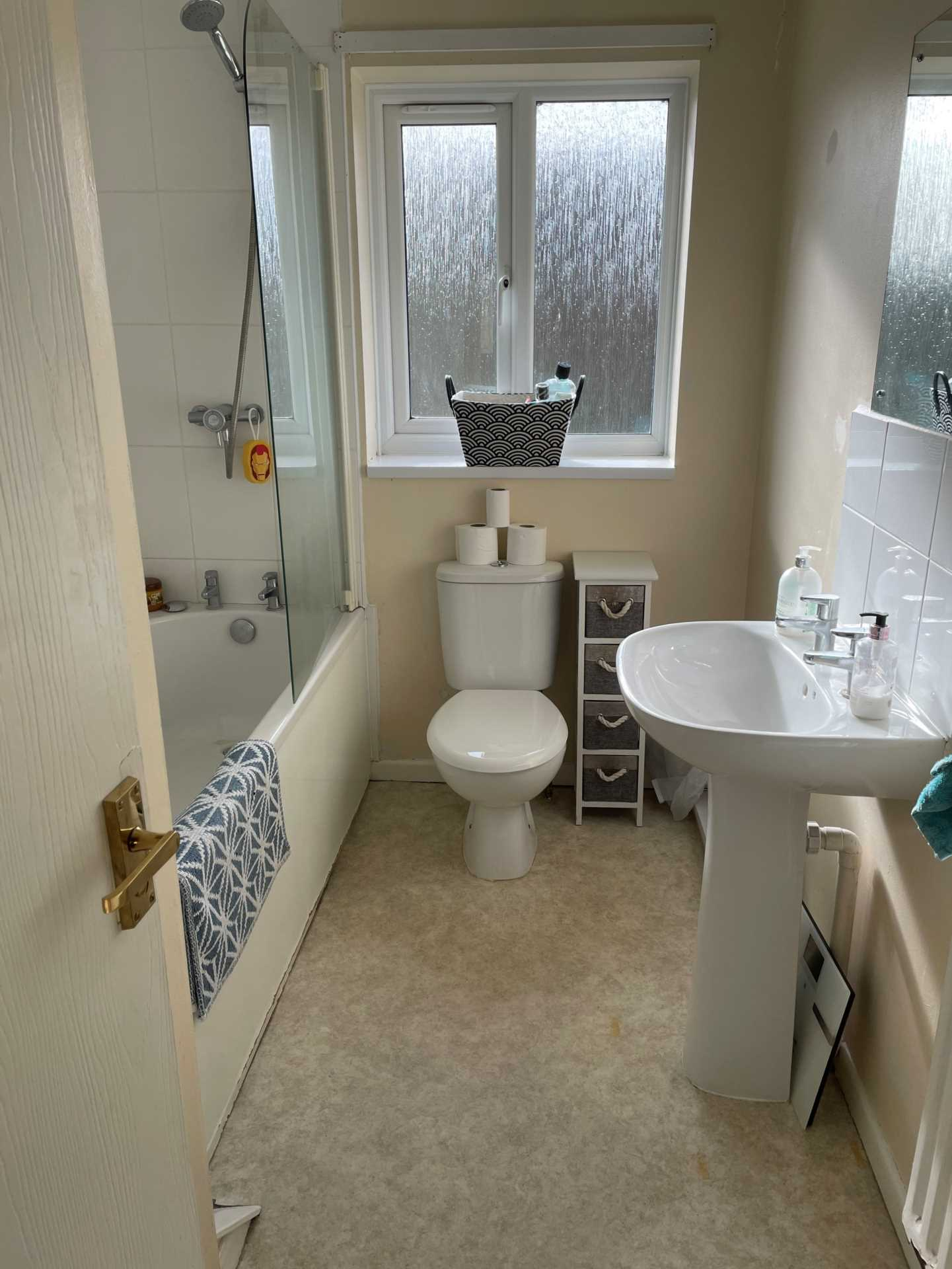 3 bed terraced house to rent in Cloverfields, Gillingham  - Property Image 9