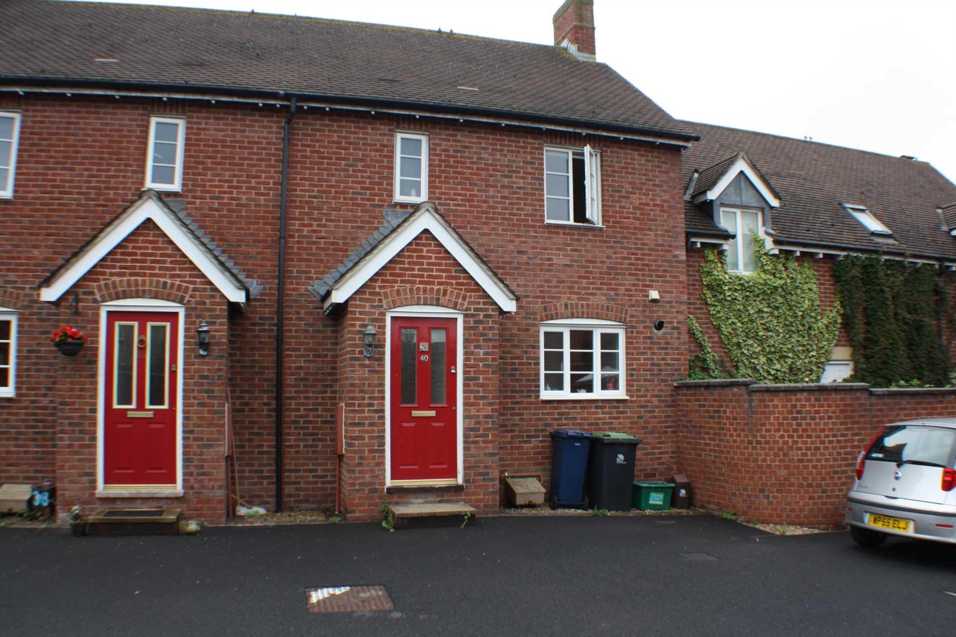 2 bed house to rent in Weatherbury Road, Gillingham, Gillingham 0