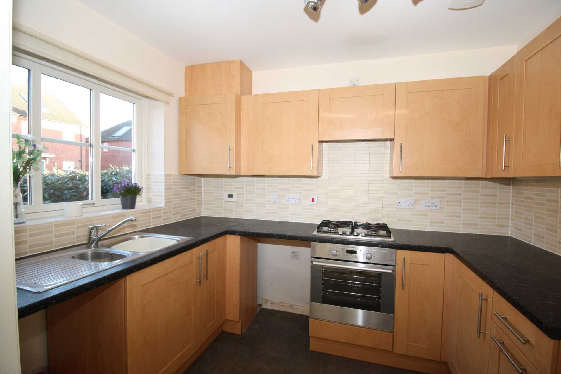 2 bed end of terrace house to rent in Greenacre Way, Shaftesbury, Shaftesbury 1