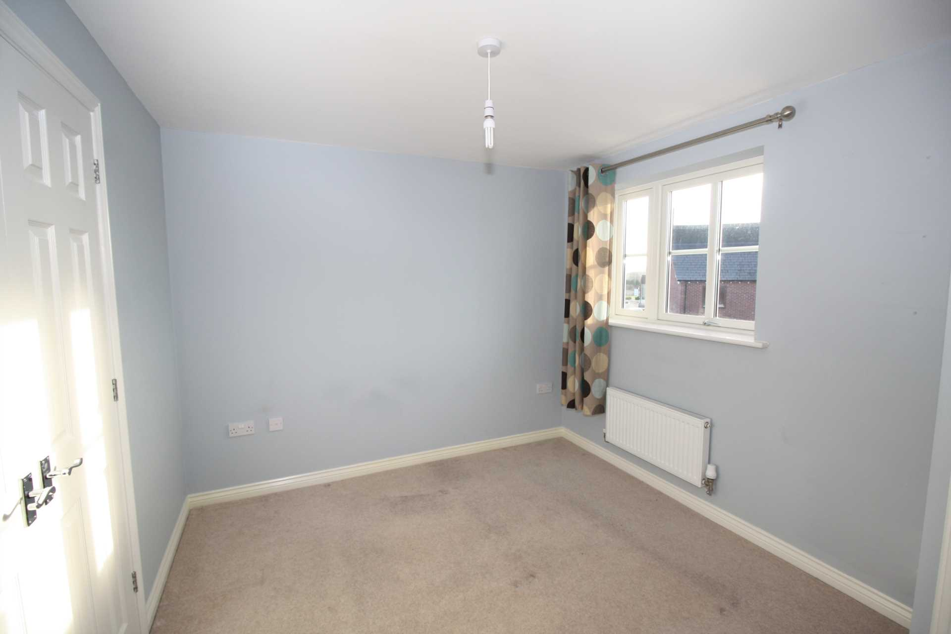 2 bed end of terrace house to rent in Greenacre Way, Shaftesbury, Shaftesbury  - Property Image 5