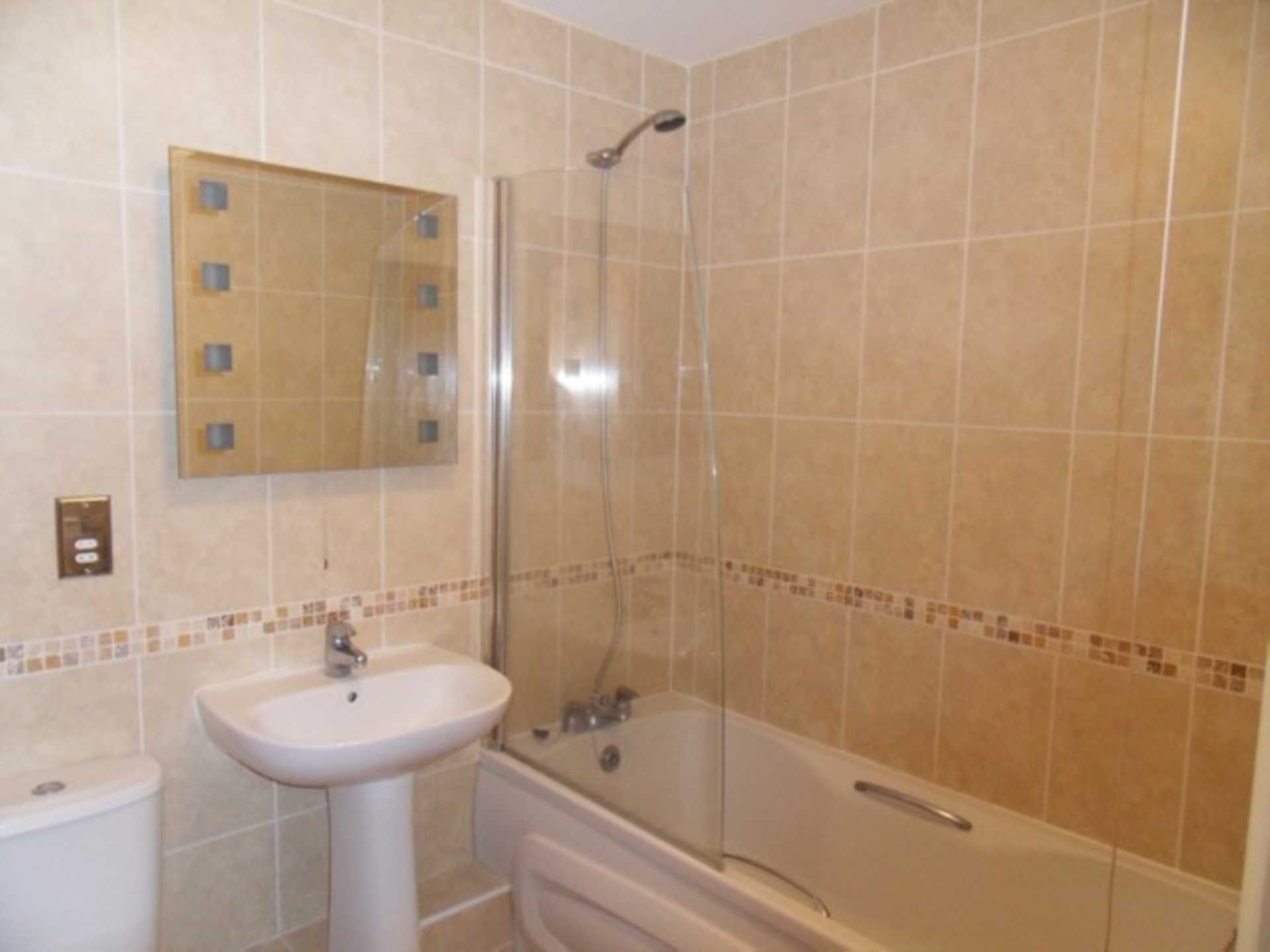 2 bed flat to rent in The Orkneys, Blandford Forum, Blandford Forum 3