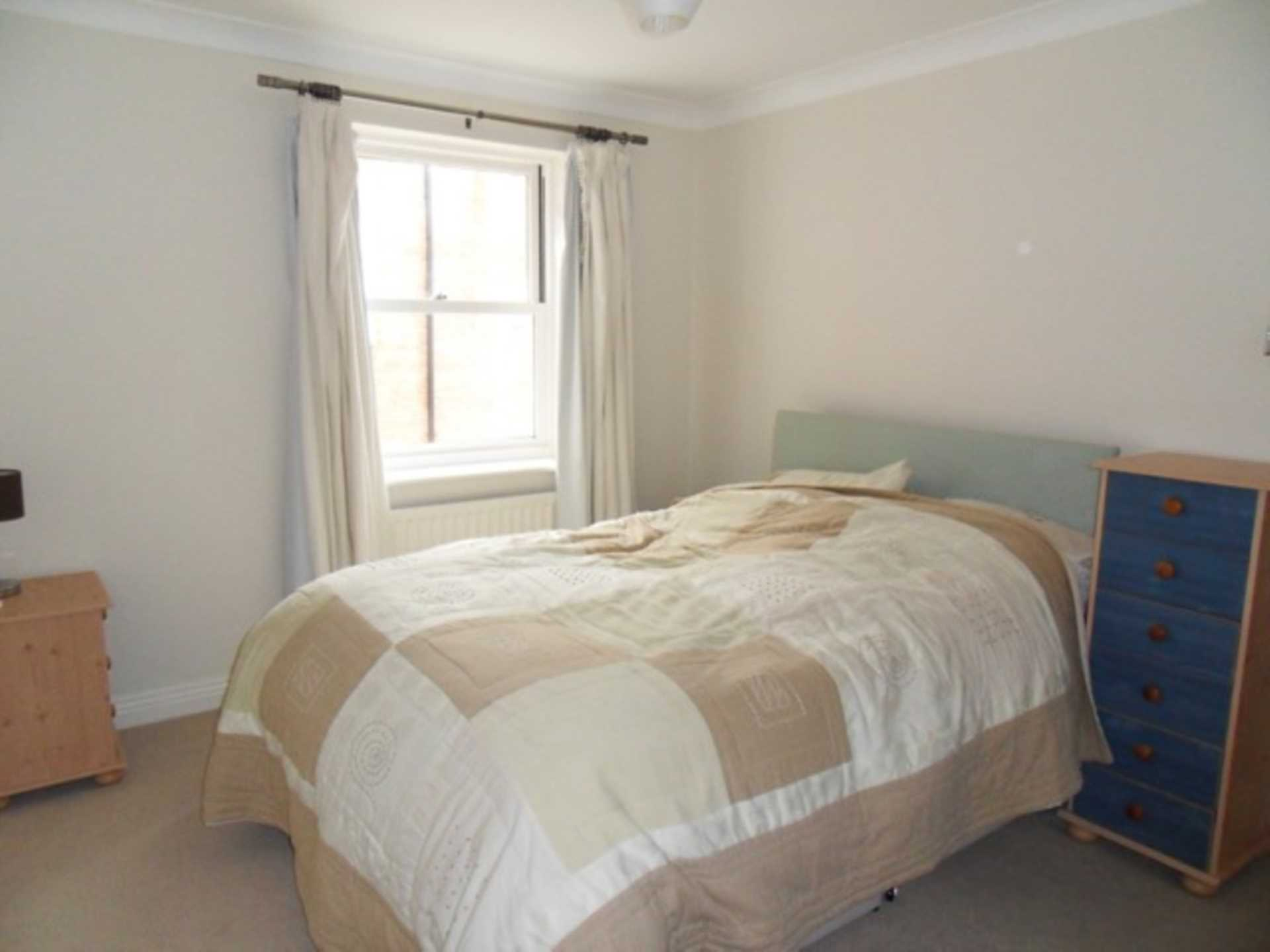 2 bed flat to rent in The Orkneys, Blandford Forum, Blandford Forum 4