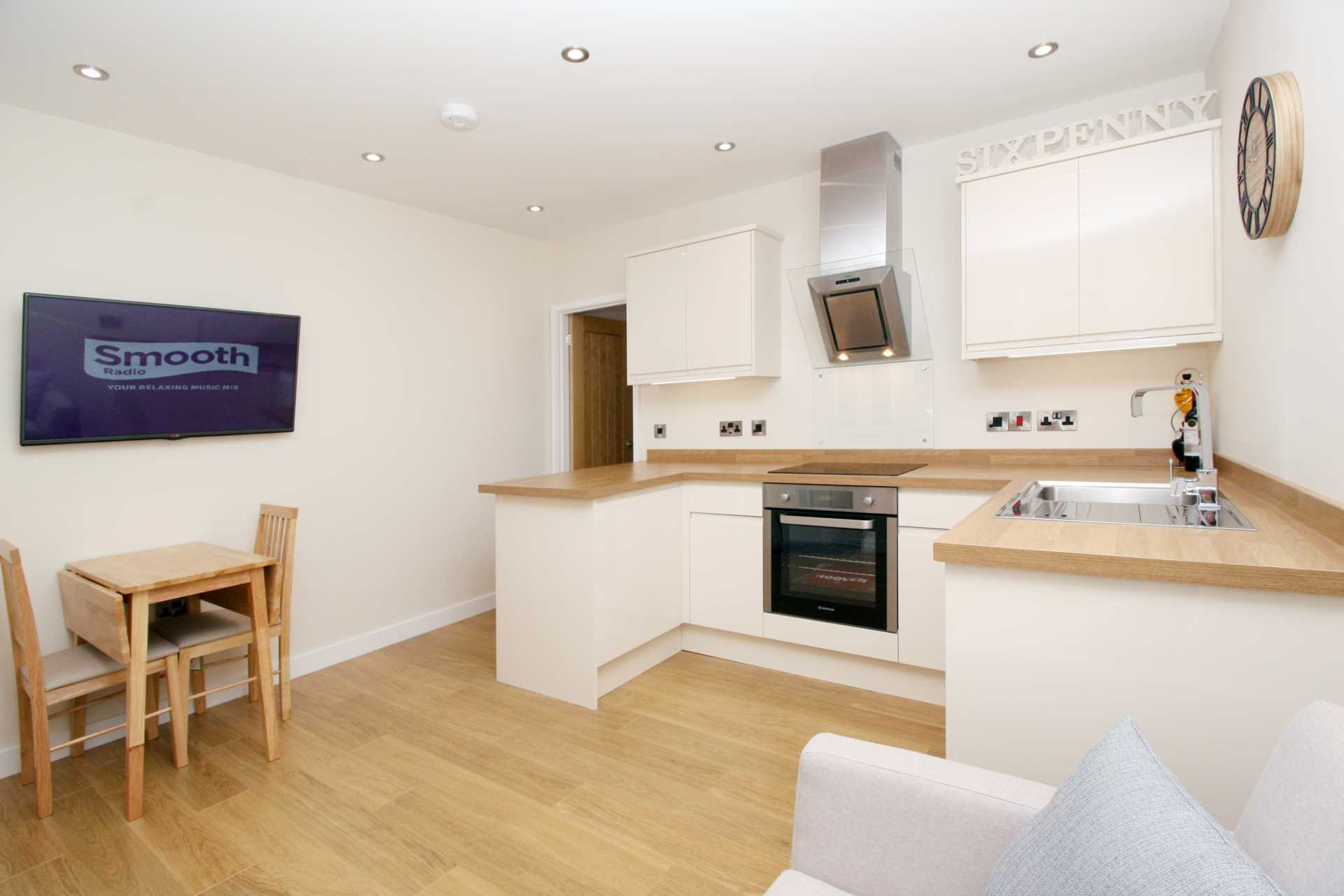 1 bed flat for sale in High Street, Sixpenny Handley, Salisbury 1