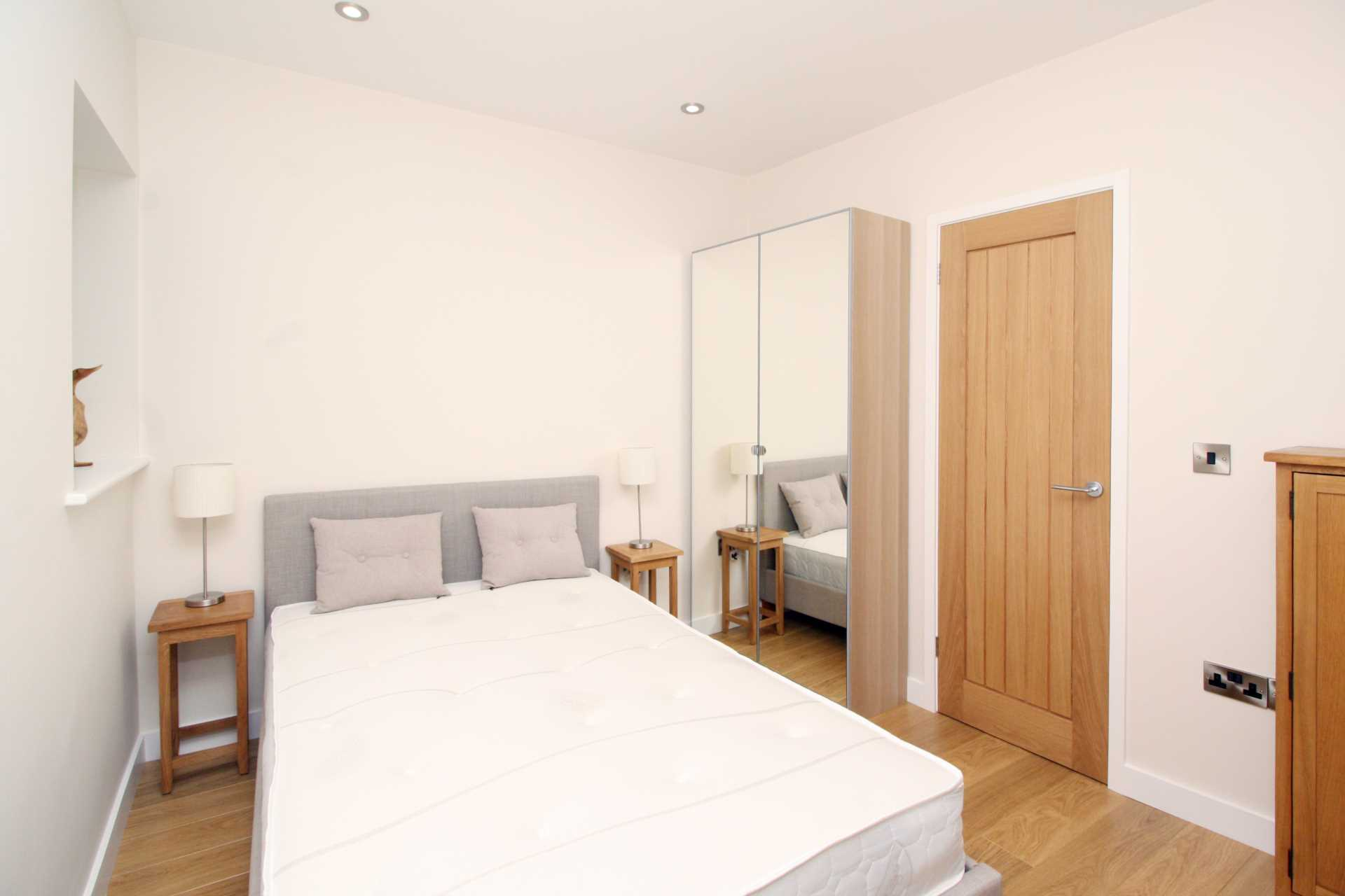 1 bed flat for sale in High Street, Sixpenny Handley, Salisbury 3