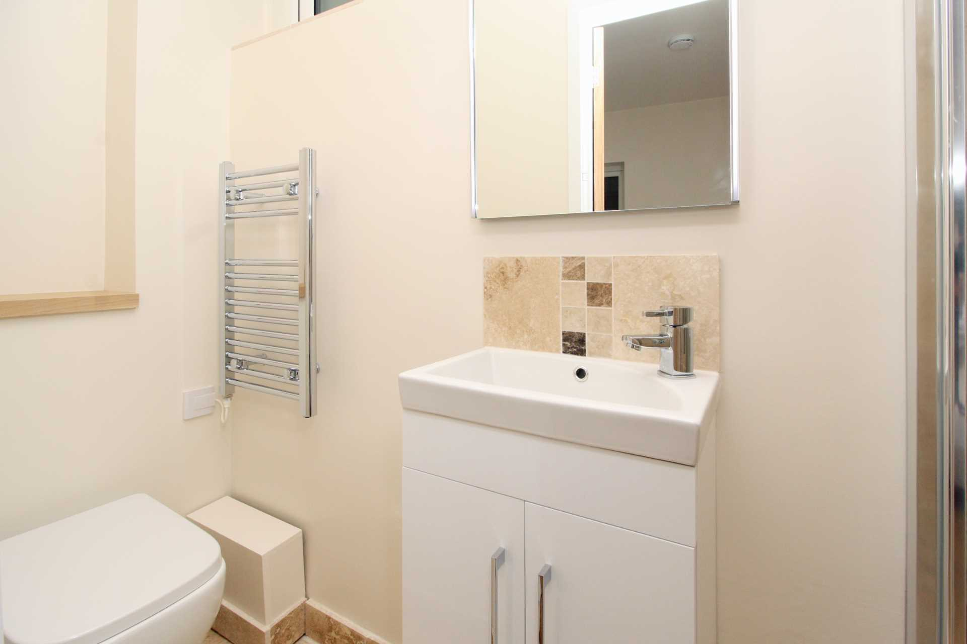 1 bed flat for sale in High Street, Sixpenny Handley, Salisbury 6