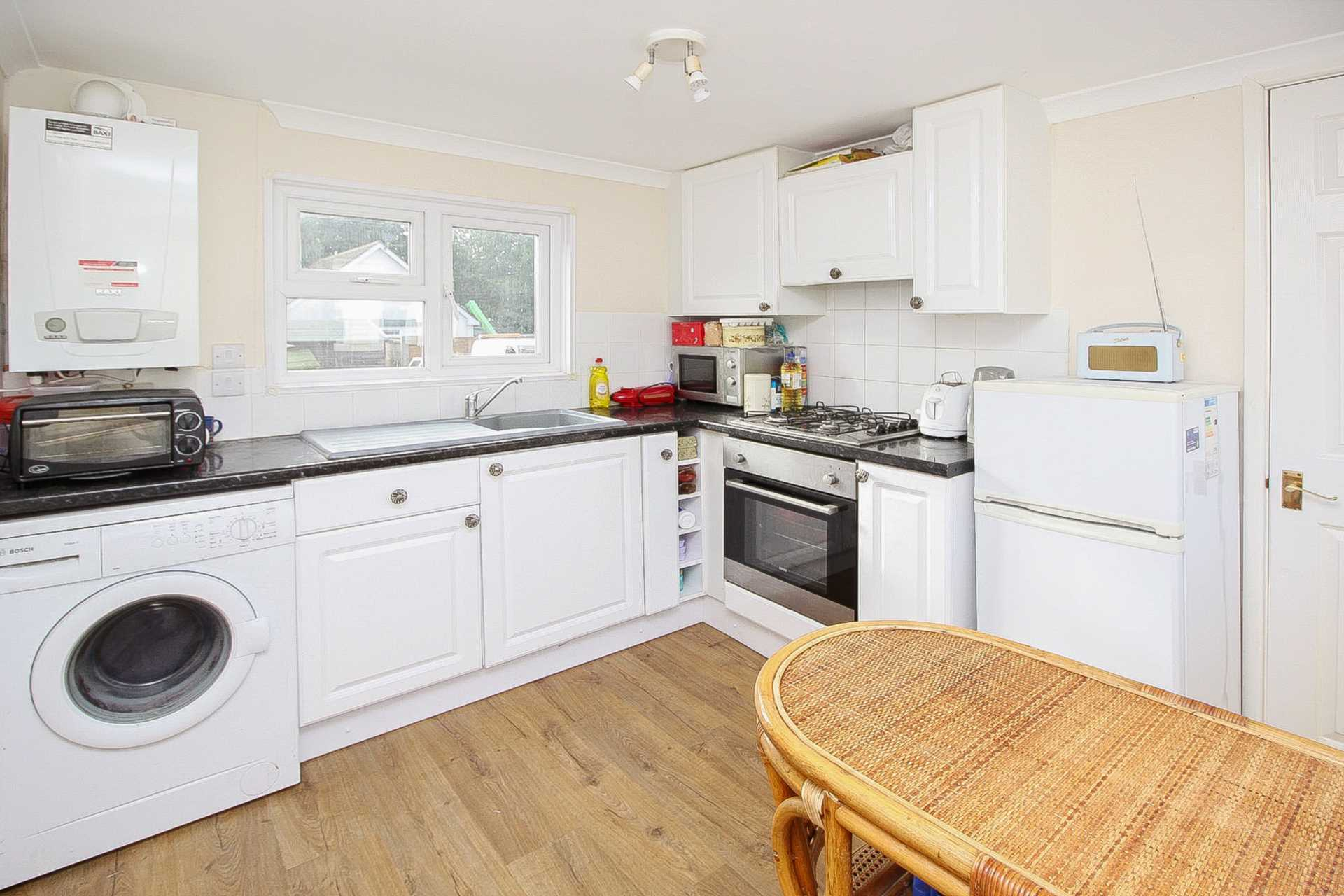 1 bed park home for sale in Ashley Wood Park, Tarrant Keyneston, Blandford Forum 1