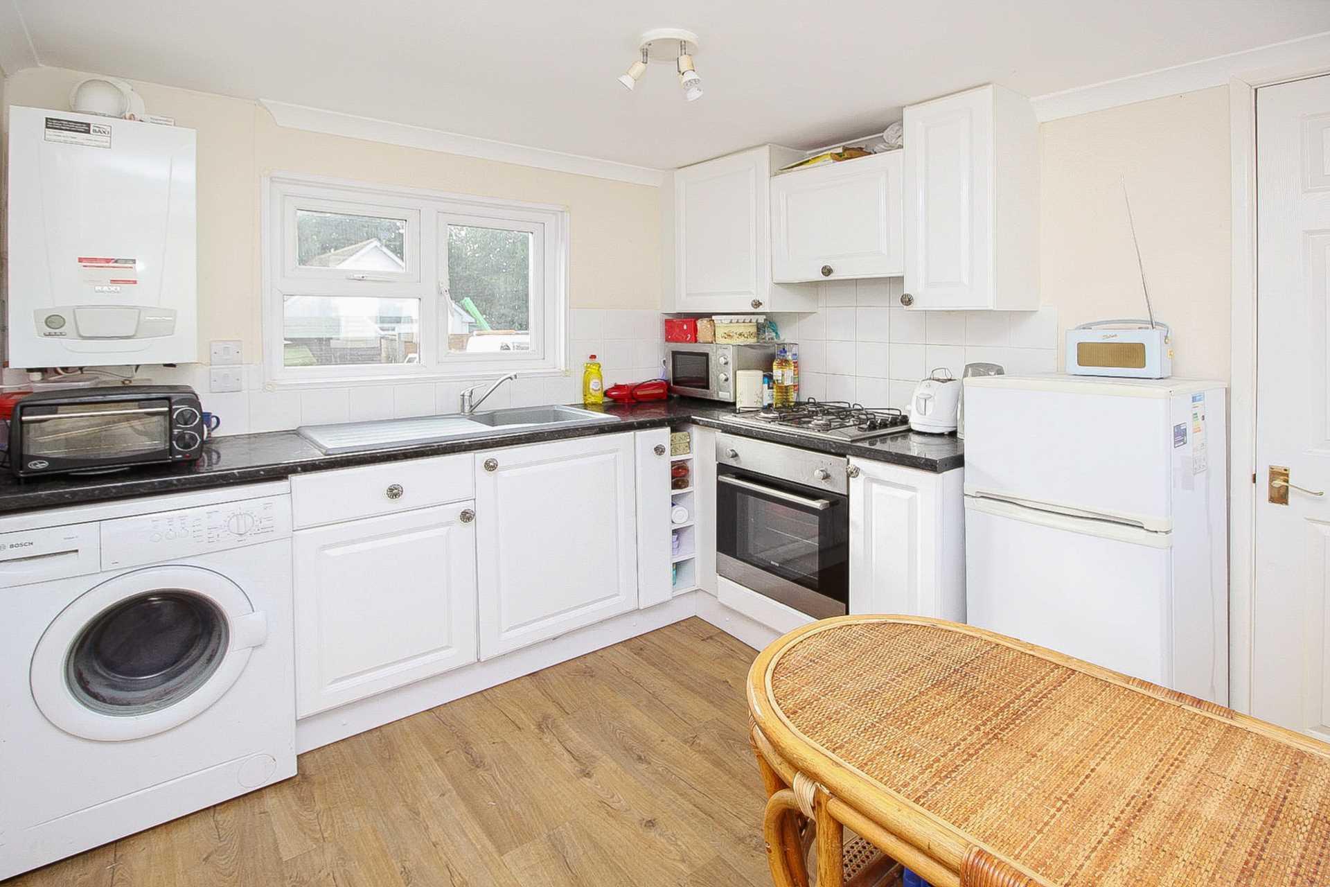 1 bed park home for sale in Ashley Wood Park, Tarrant Keyneston, Blandford Forum  - Property Image 2