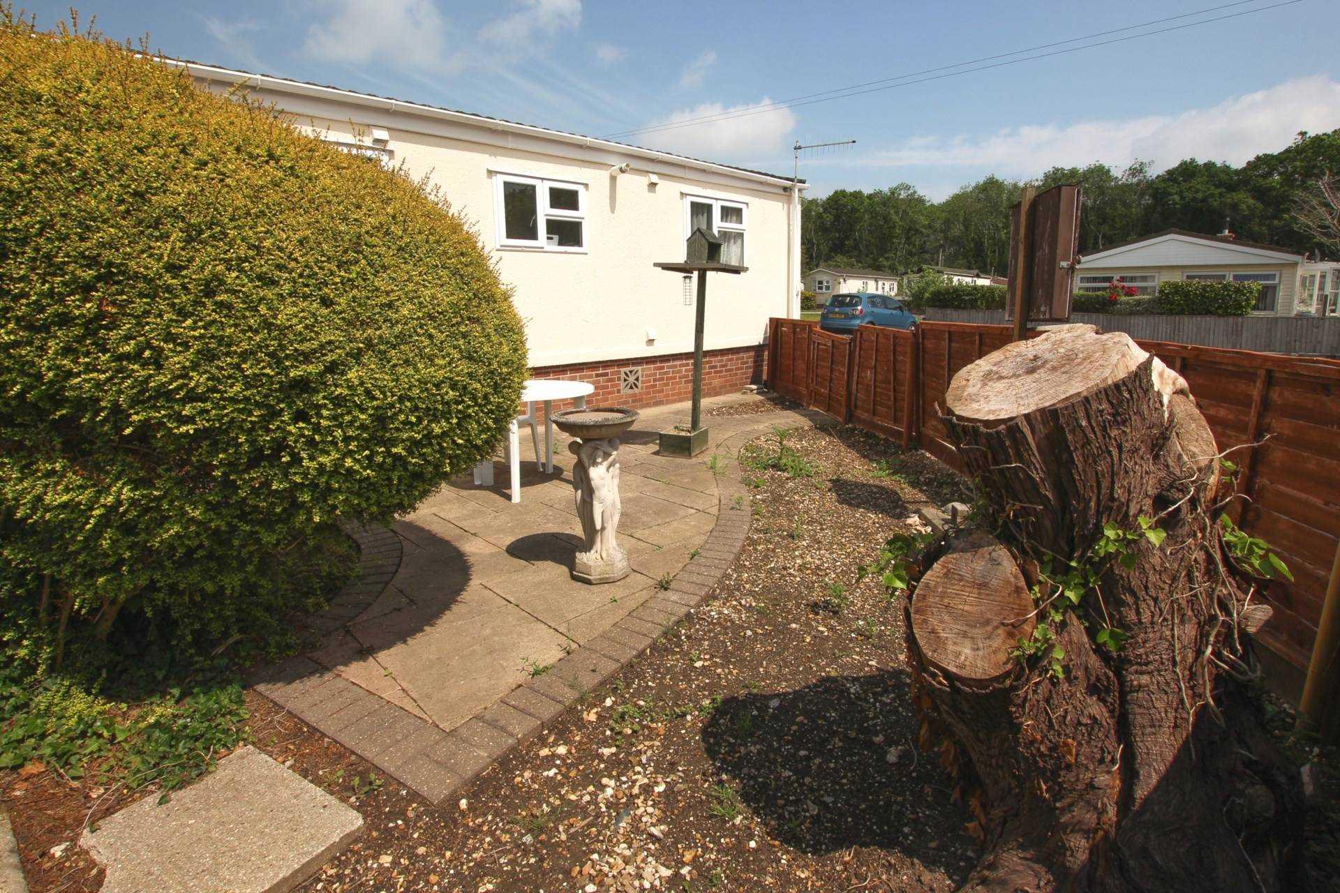 1 bed park home for sale in Ashley Wood Park, Tarrant Keyneston, Blandford Forum 4