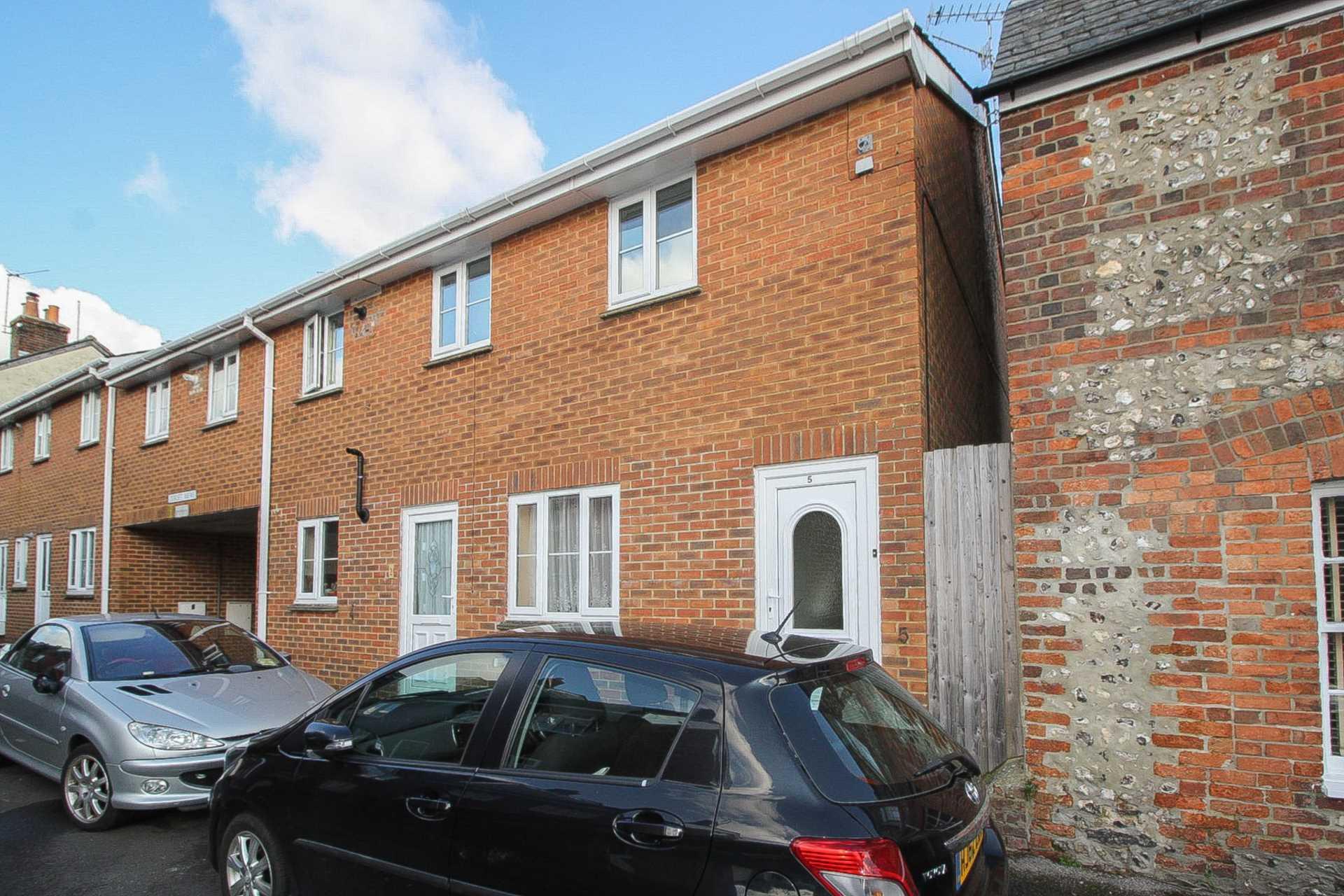 2 bed flat for sale in Dorset Mews, Dorset Street, Blandford Forum - Property Image 1