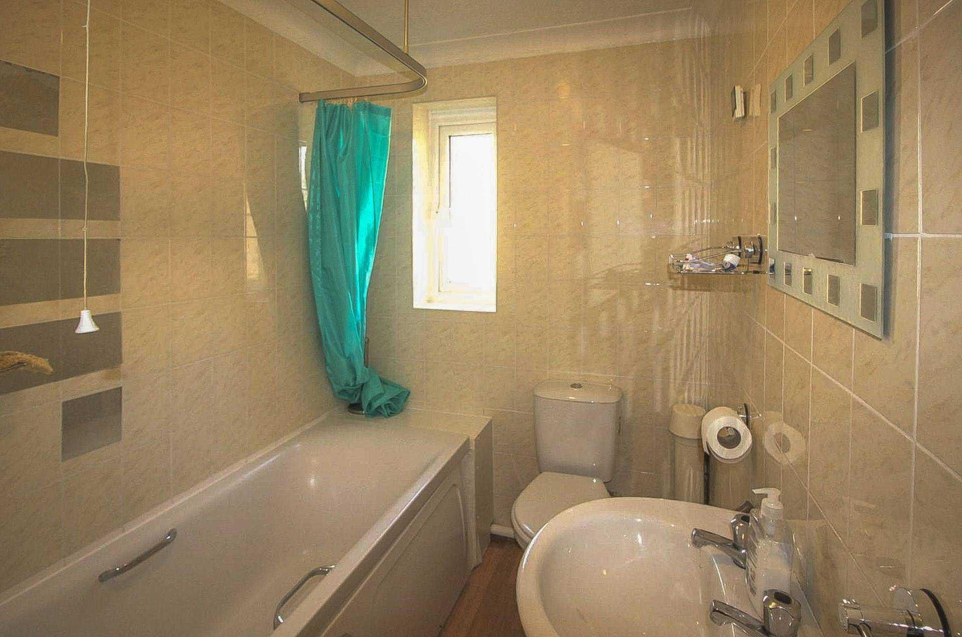 2 bed flat for sale in Dorset Mews, Dorset Street, Blandford Forum 4