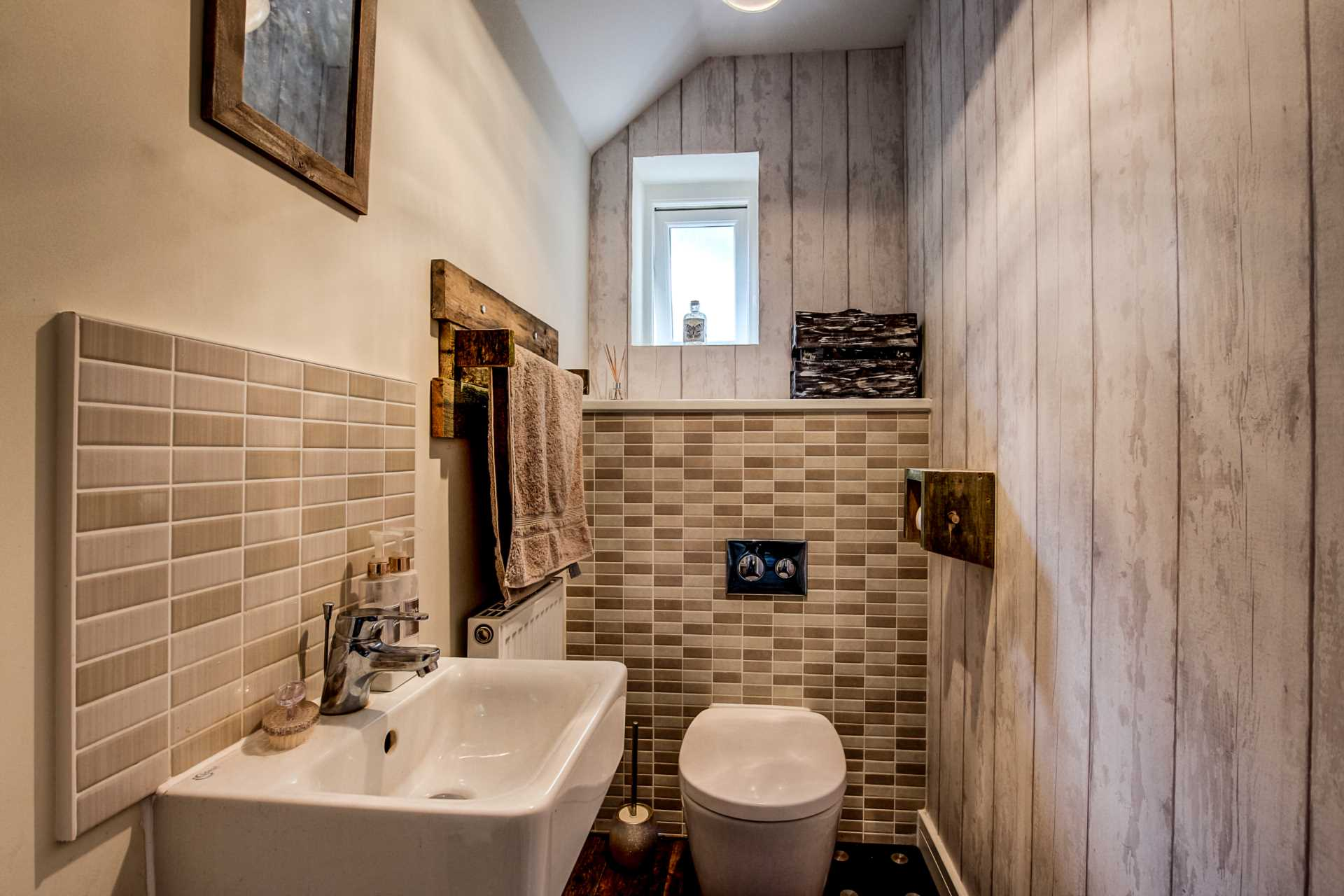 3 bed link detached house for sale in Charlton Mead, Charlton Marshall, Blandford Forum  - Property Image 7