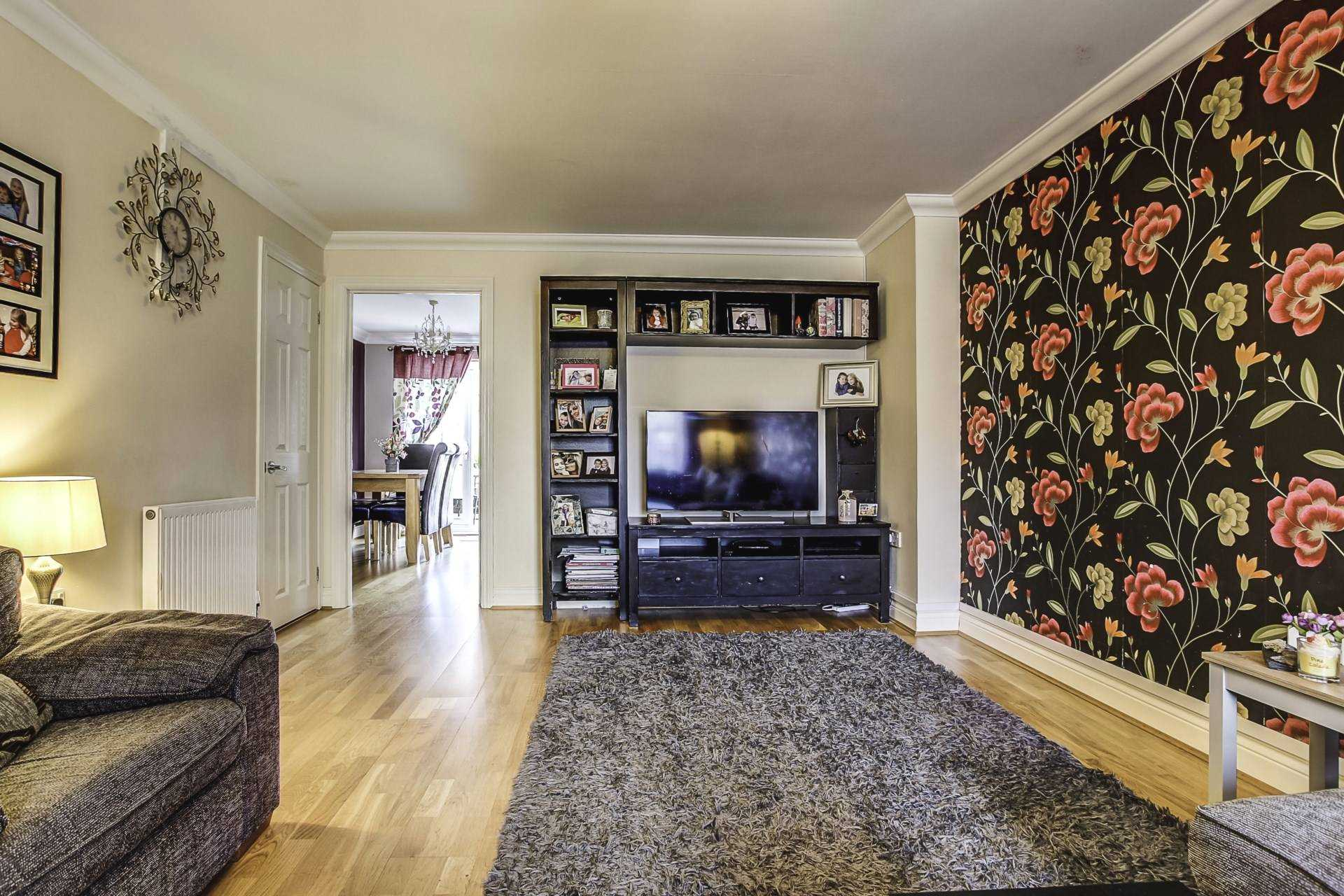 3 bed terraced house for sale in Cobham Road, Blandford Forum 1