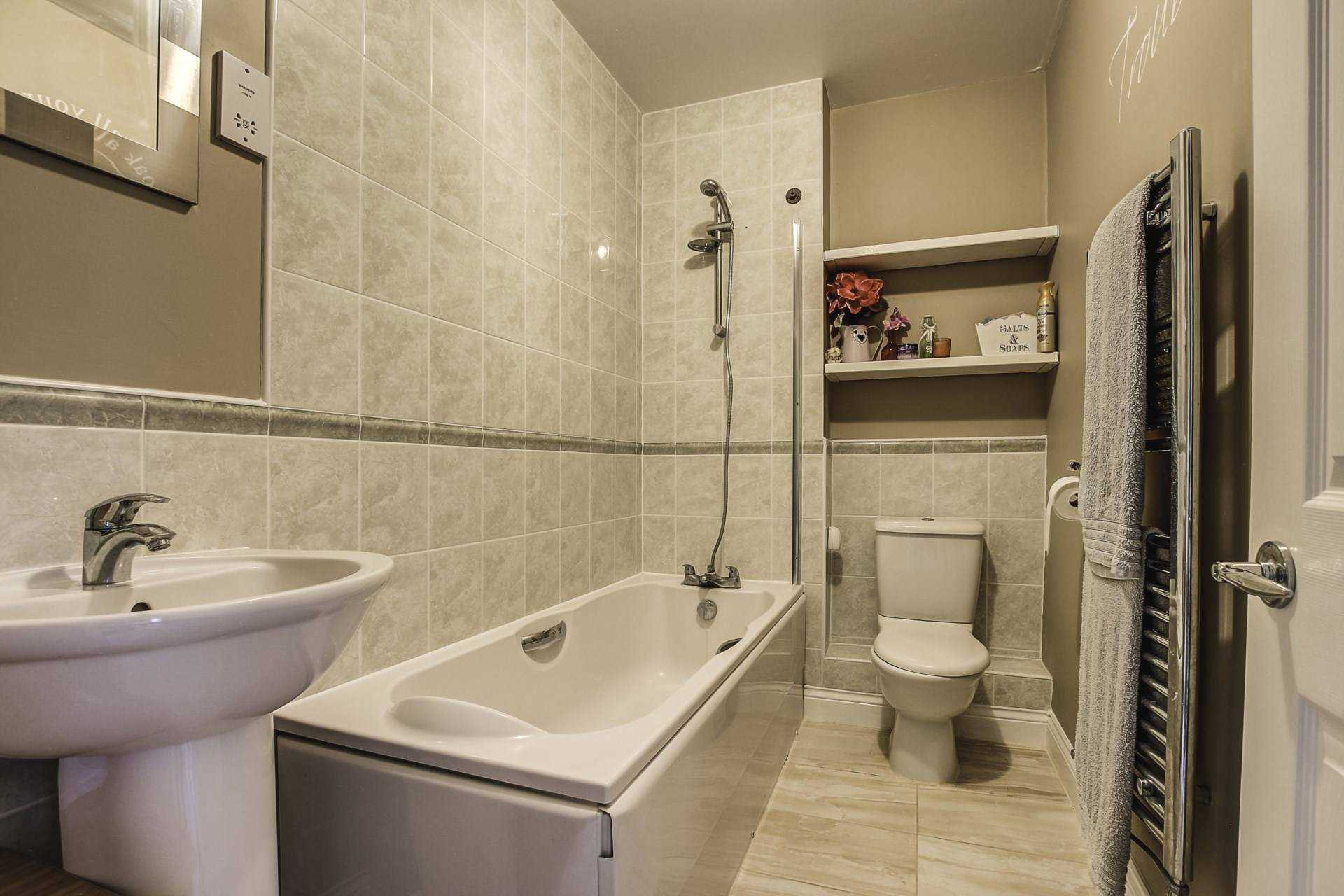 3 bed terraced house for sale in Cobham Road, Blandford Forum, Blandford Forum 10