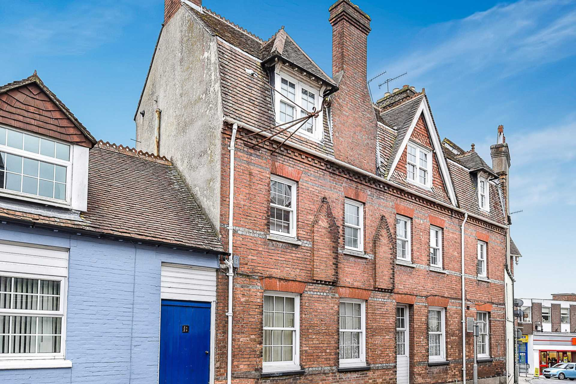 2 bed flat for sale in Salisbury Street, Blandford Forum  - Property Image 1