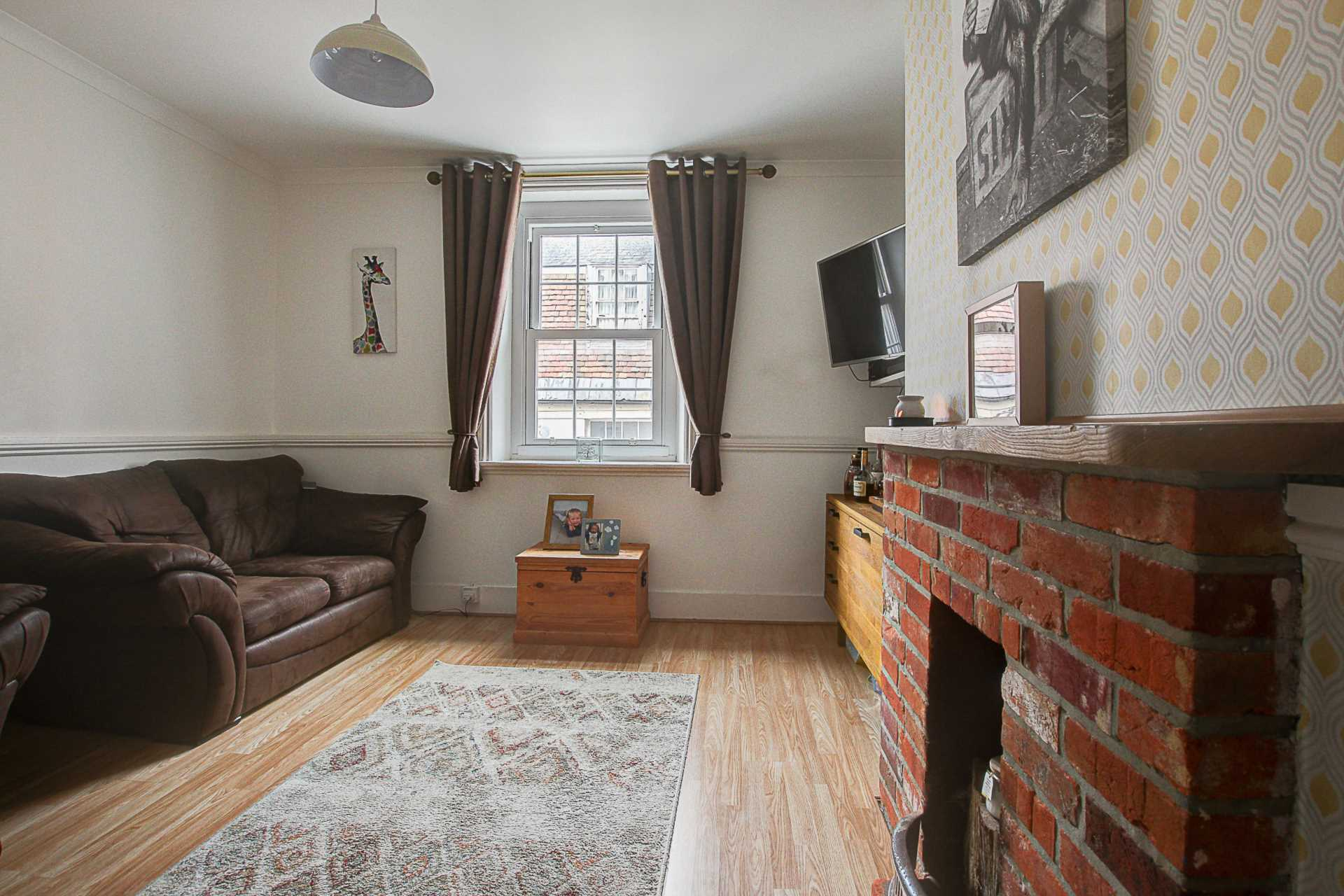 2 bed flat for sale in Salisbury Street, Blandford Forum  - Property Image 7