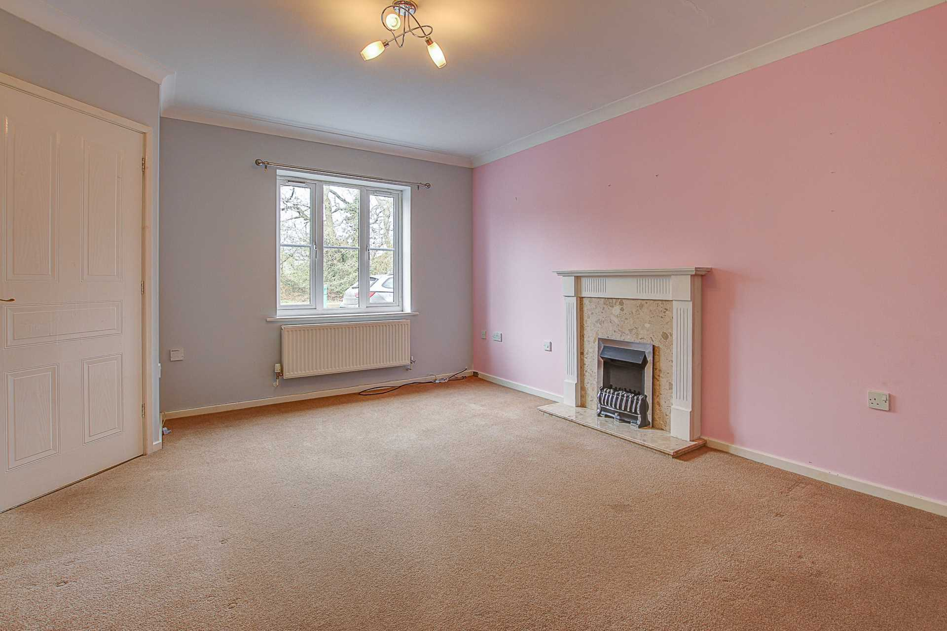 3 bed end of terrace house to rent in Chivrick Close, Sturminster Newton  - Property Image 2