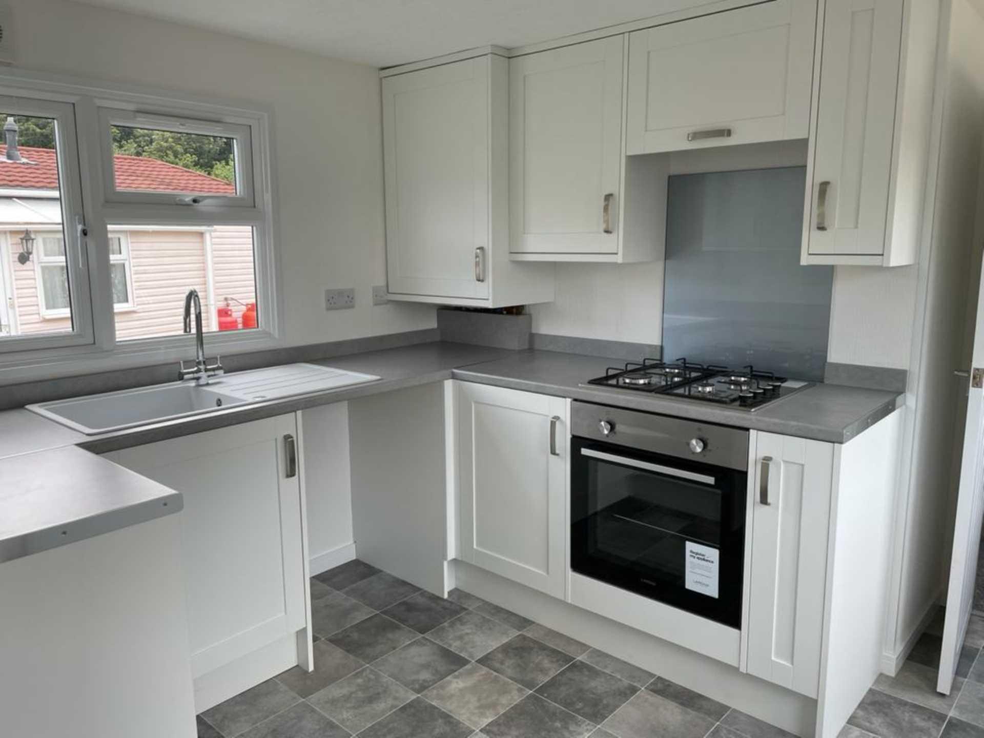 2 bed park home to rent in Ashley Wood Park, Tarrant Keyneston, Blandford Forum 2