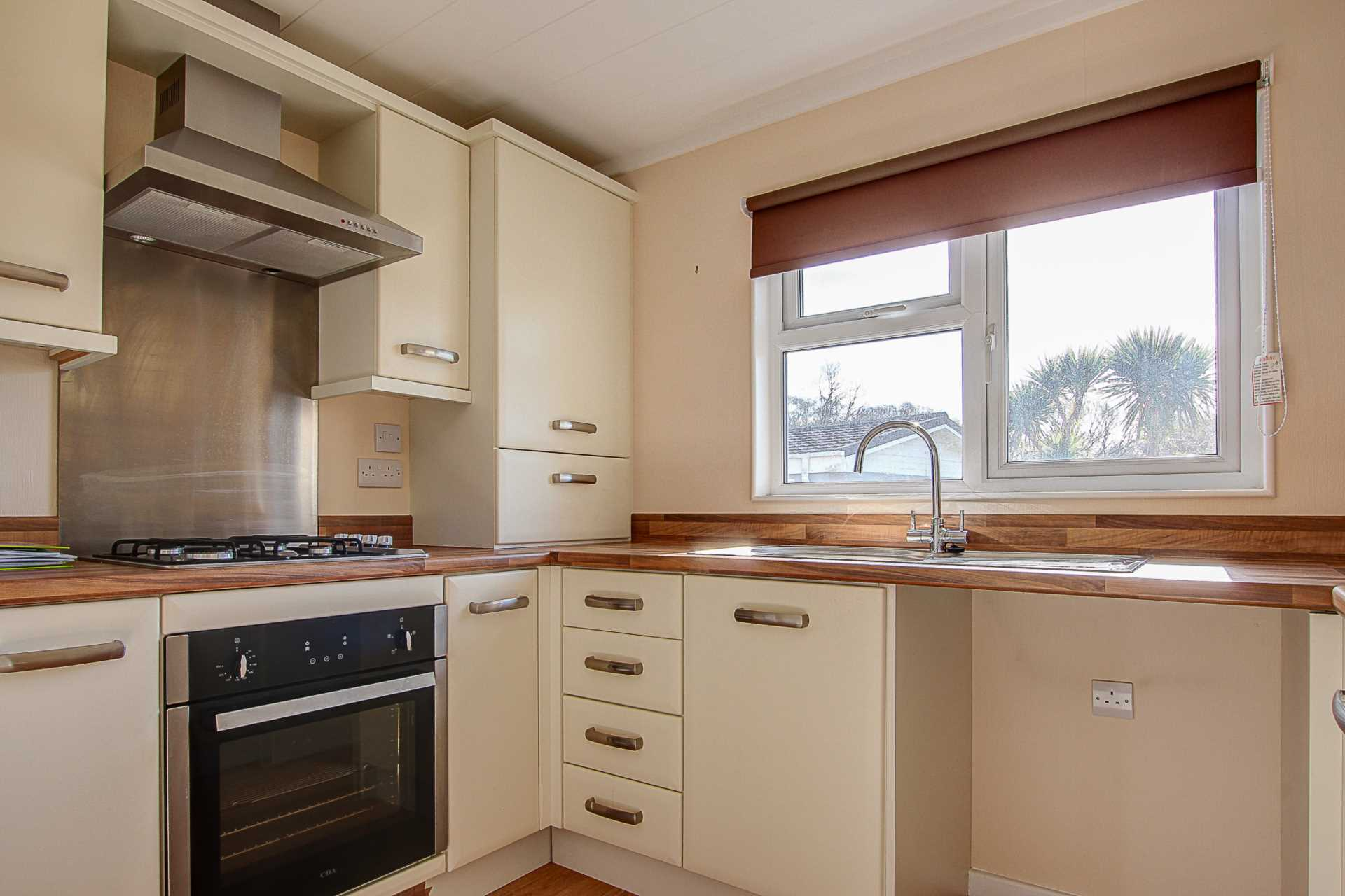 1 bed park home to rent in Ashley Wood Park, Tarrant Keyneston, Blandford Forum  - Property Image 5
