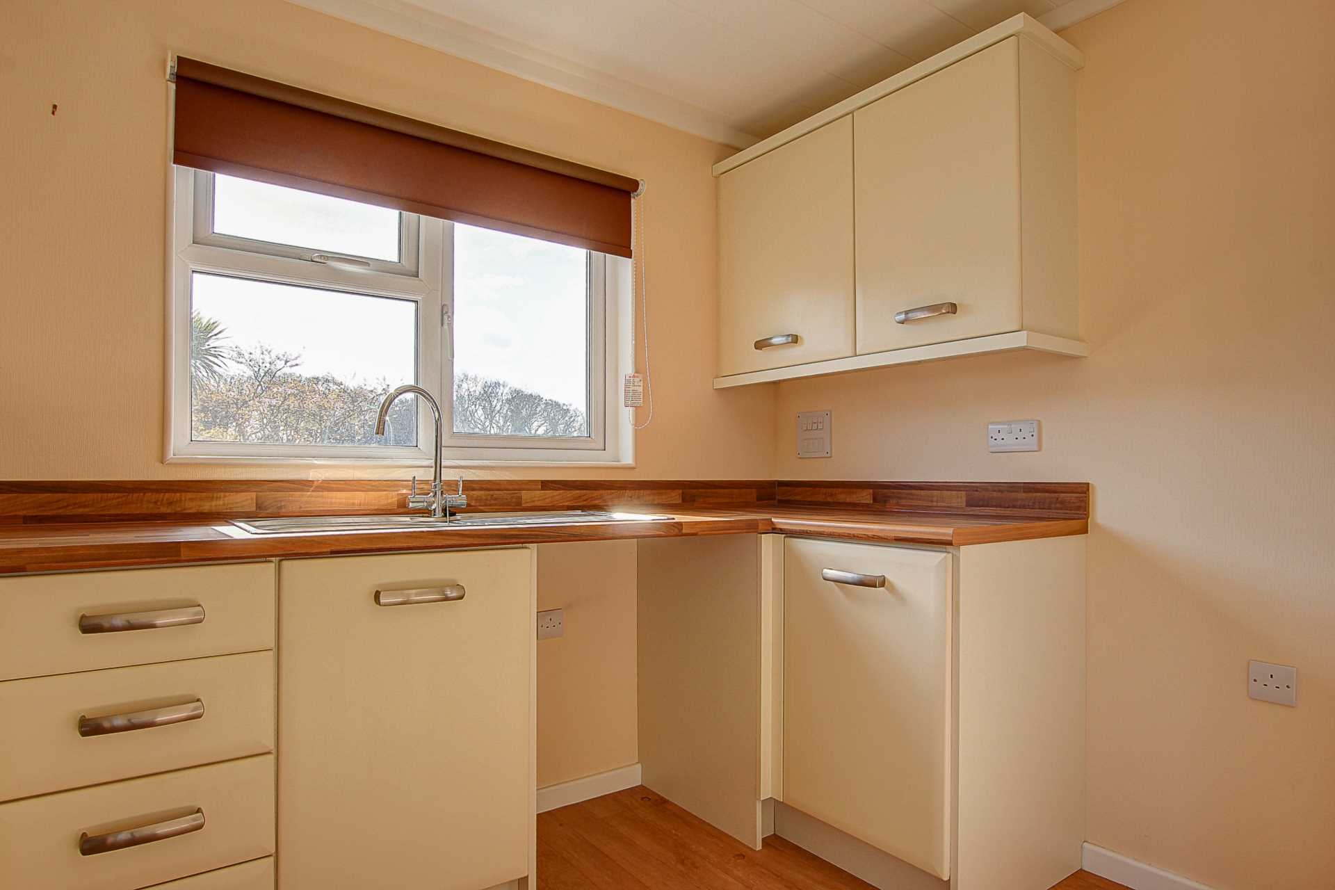 1 bed park home to rent in Ashley Wood Park, Tarrant Keyneston, Blandford Forum  - Property Image 6