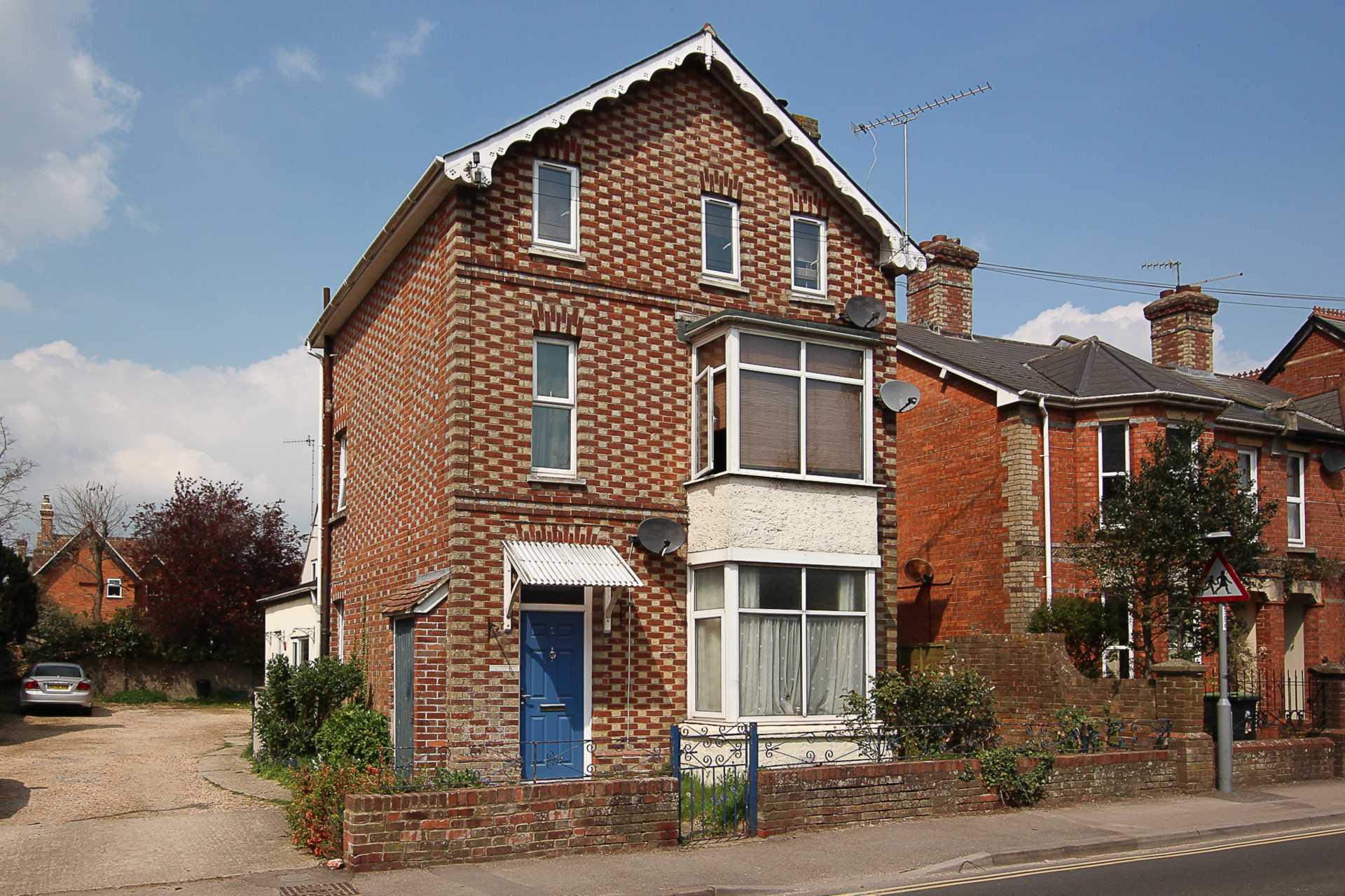 1 bed flat for sale in Salisbury Road, Blandford Forum, Blandford Forum  - Property Image 1