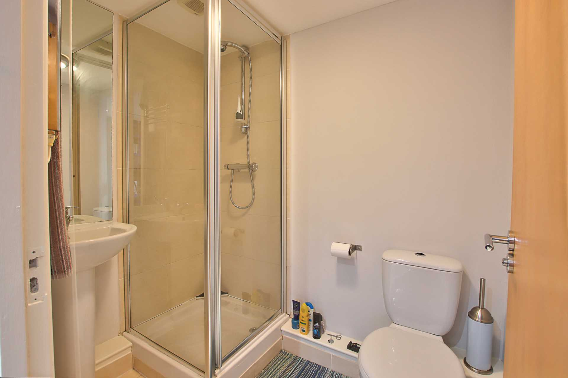 1 bed studio flat to rent in Magnolia Court, West Street, Blandford Forum  - Property Image 7