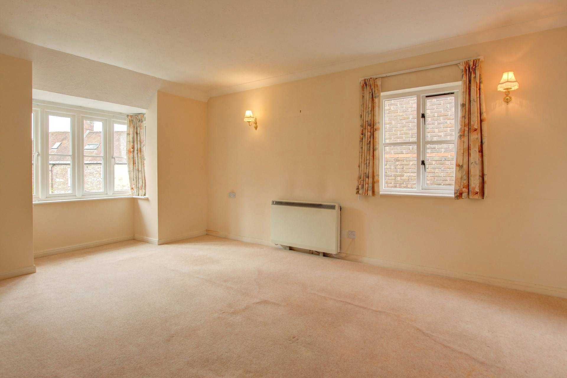 2 bed retirement property for sale in Whitecliffe Court, Blandford Forum, Blandford Forum 2