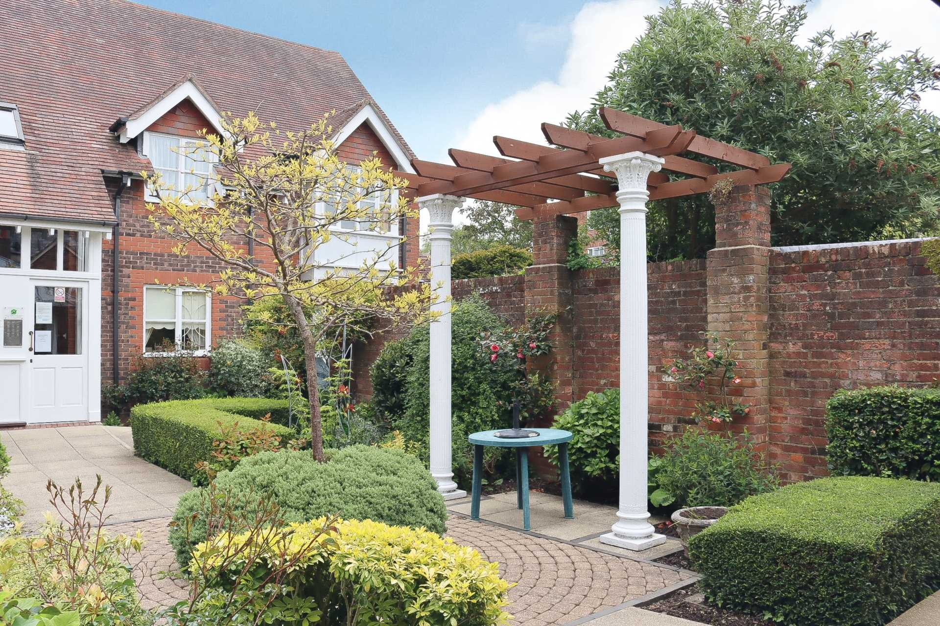 2 bed retirement property for sale in Whitecliffe Court, Blandford Forum, Blandford Forum 8
