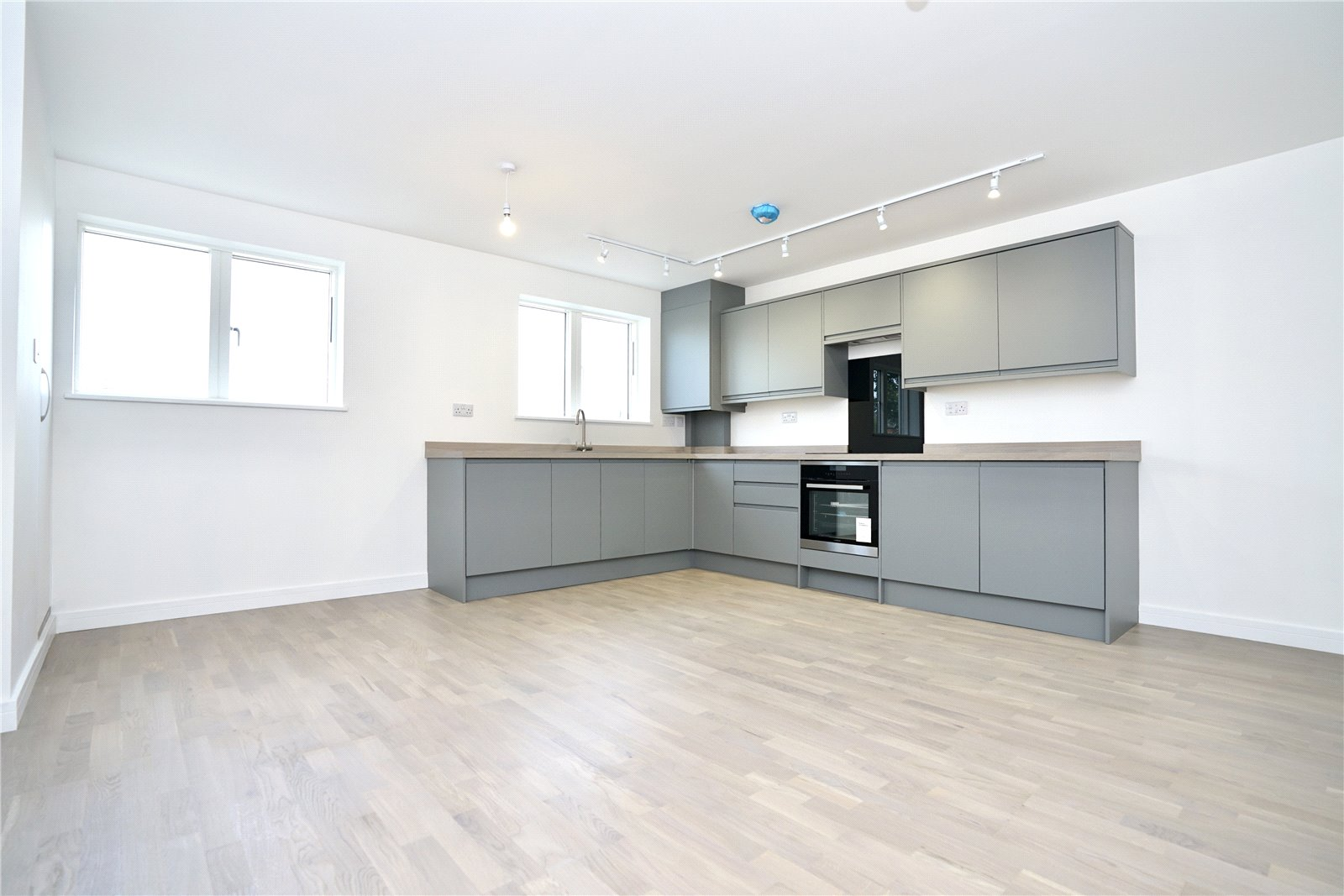 2 bed apartment for sale in Fairfields Drive, PE26 1NQ, PE26