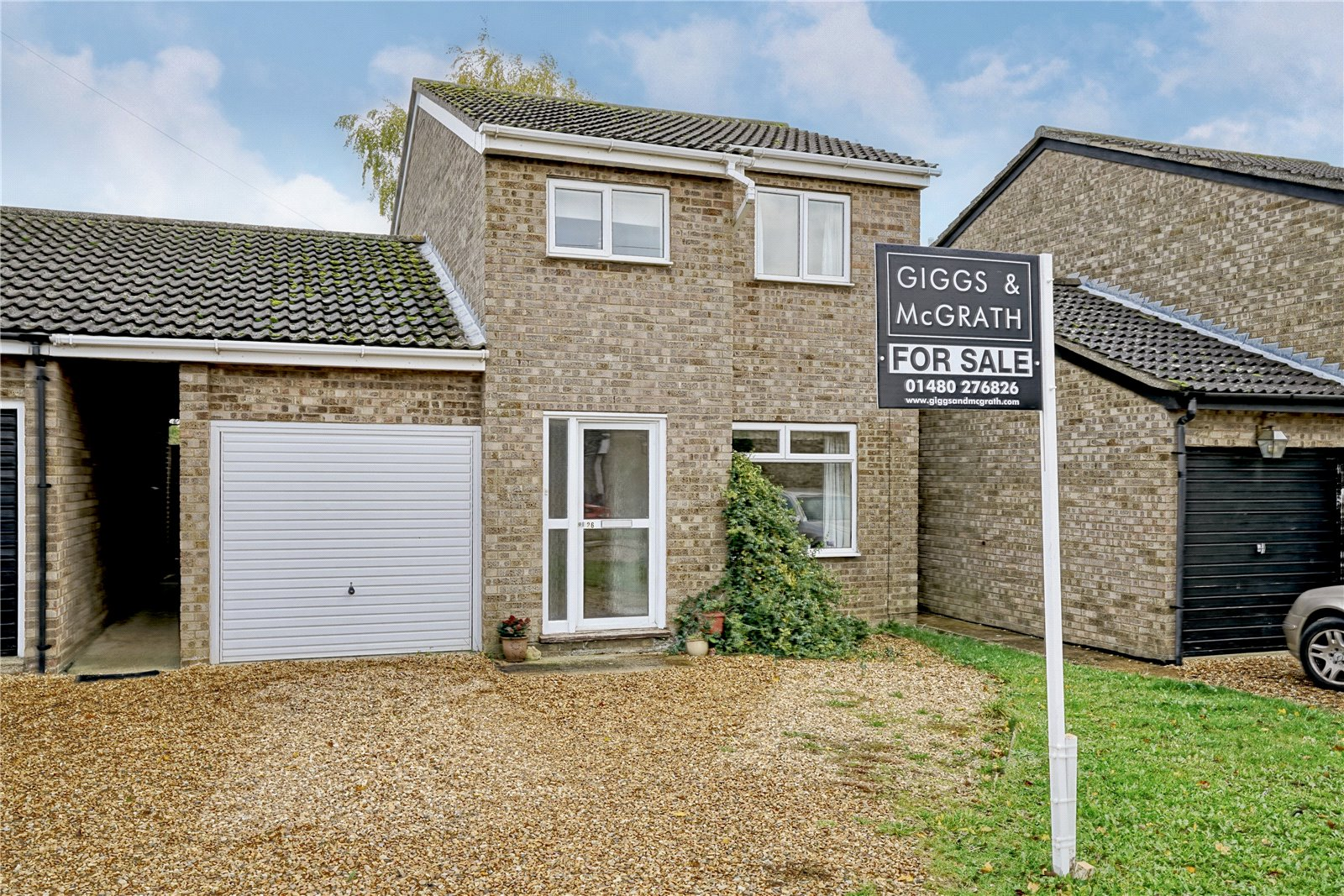 3 bed house for sale in Earith, PE28 3QU  - Property Image 1