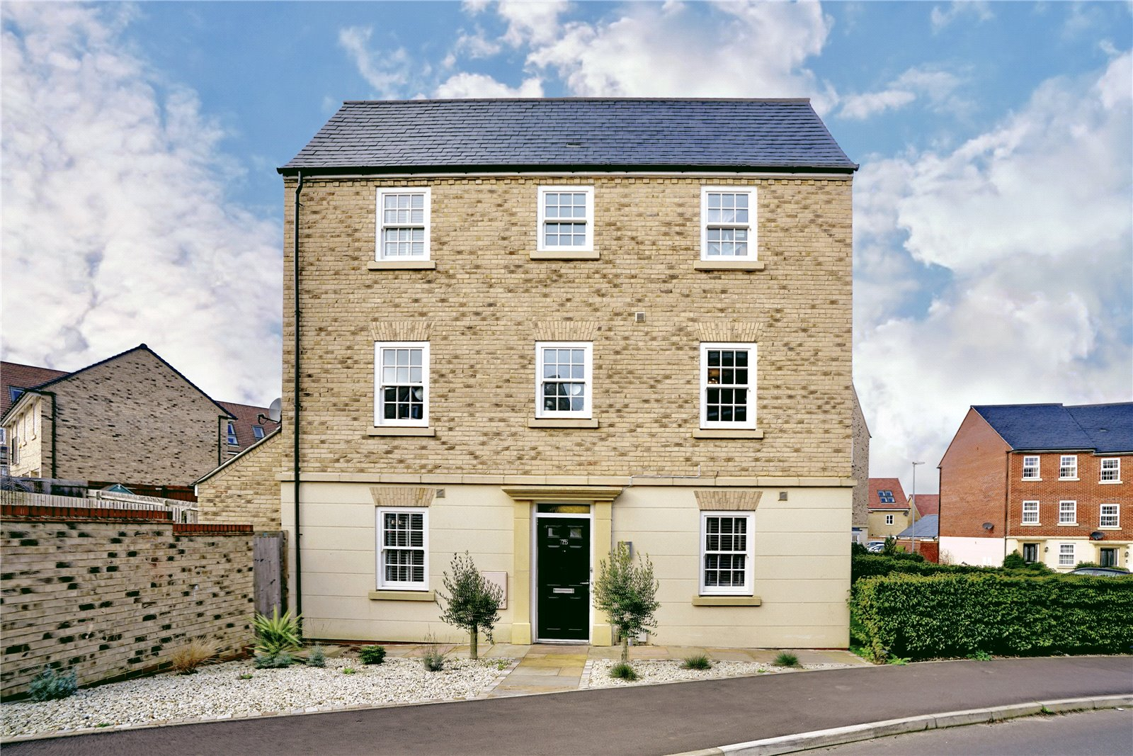 4 bed house for sale in Papworth Everard, CB23 3AB - Property Image 1