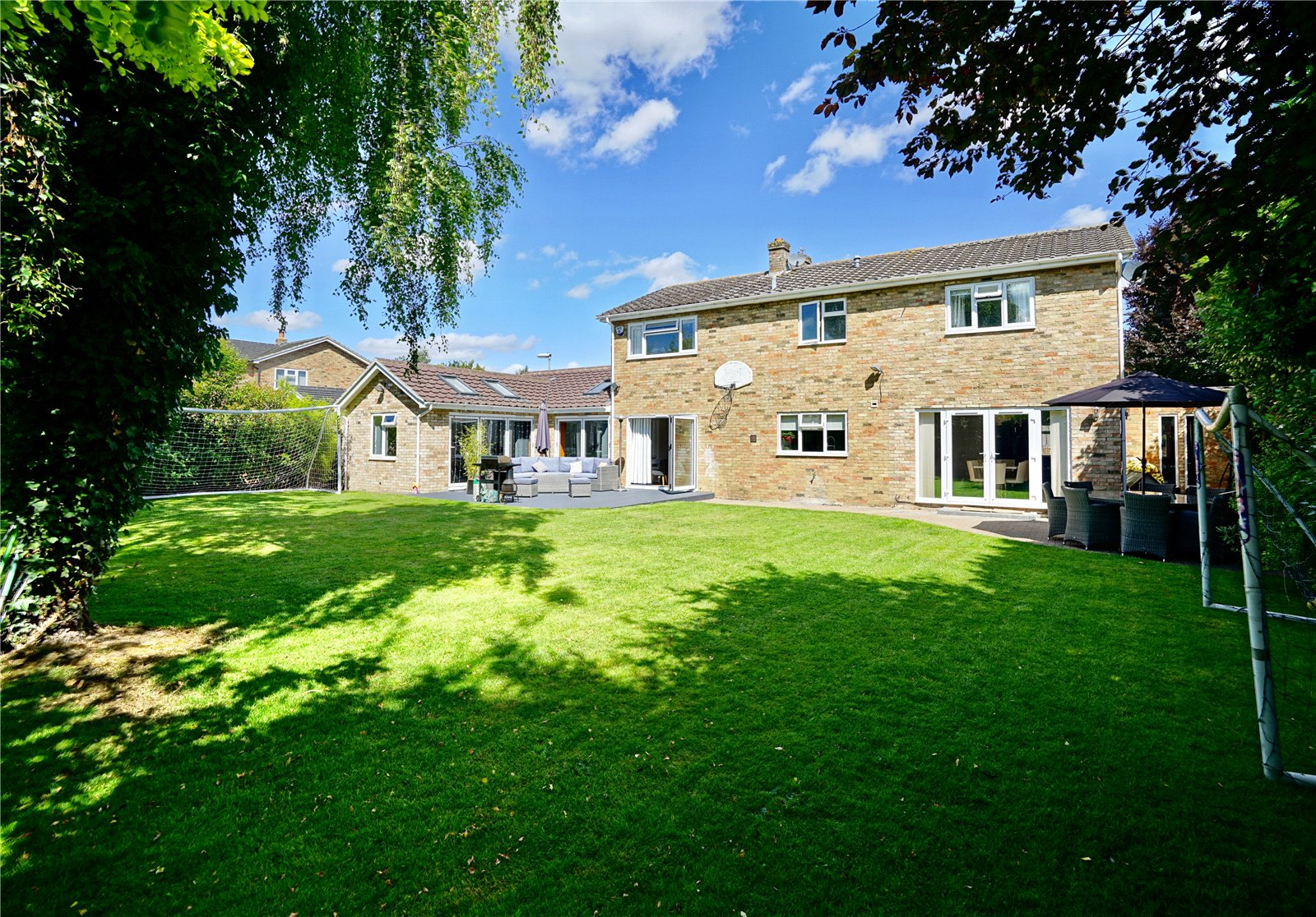 4 bed house for sale in Bluntisham, PE28 3LS - Property Image 1