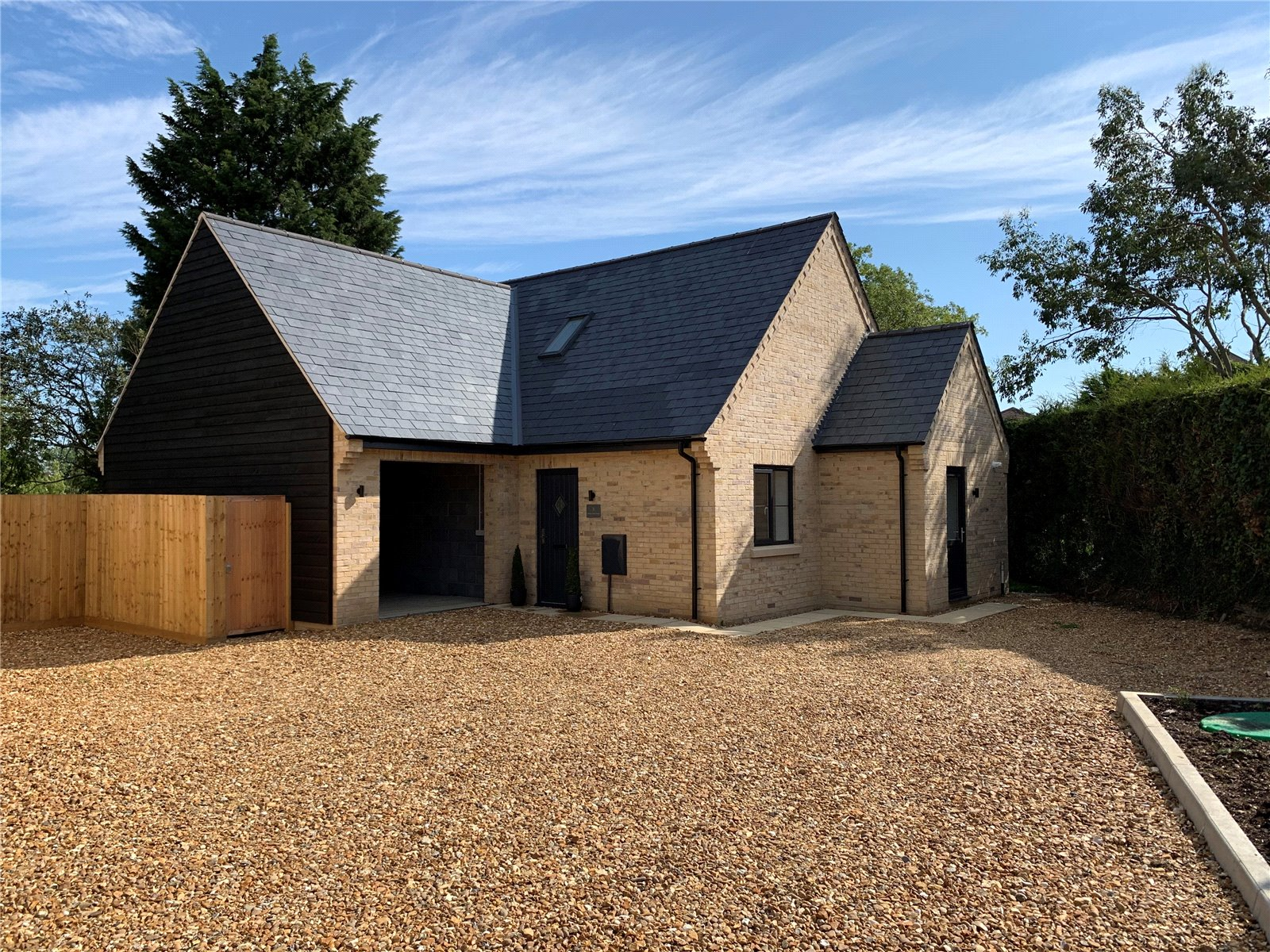 4 bed house for sale in Pidley, PE28 3DD - Property Image 1