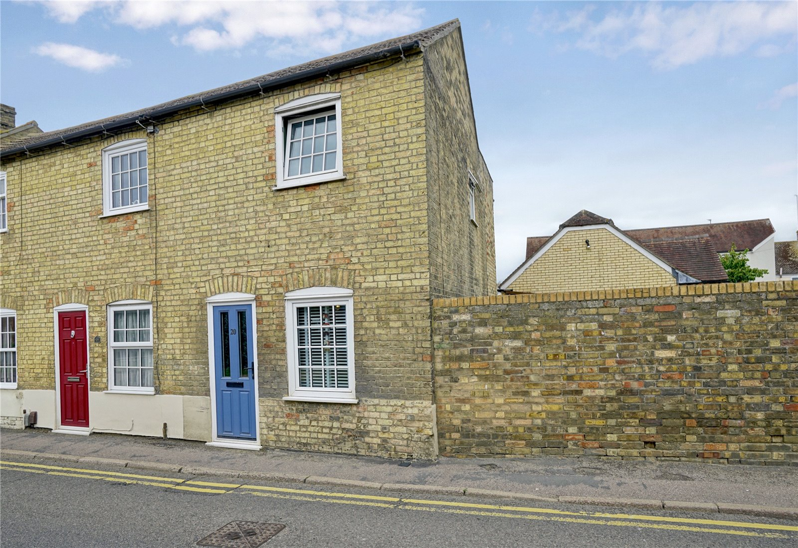 2 bed house for sale in Godmanchester, PE29 2HU  - Property Image 1
