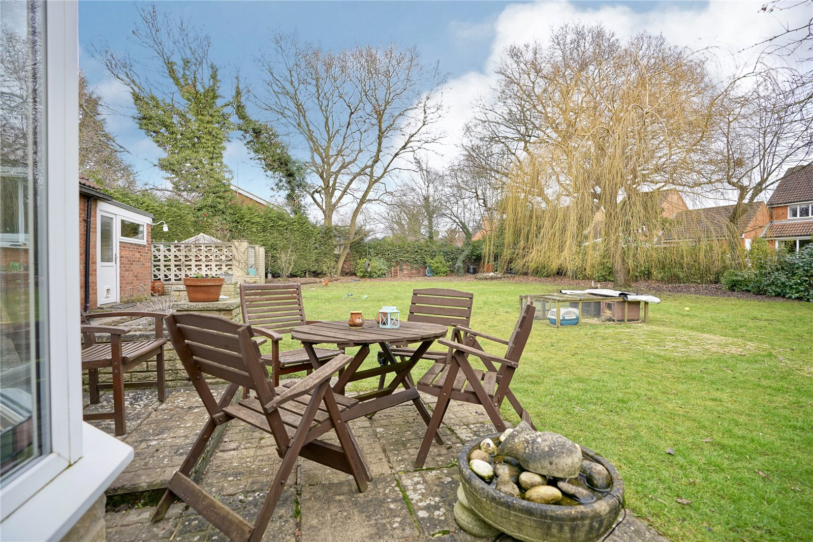 3 bed house for sale in Hemingford Grey, PE28 9BS  - Property Image 13