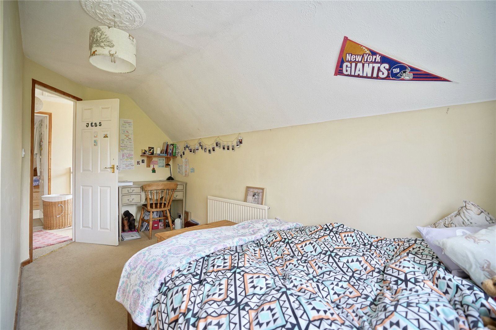 3 bed house for sale in Hemingford Grey, PE28 9BS  - Property Image 11