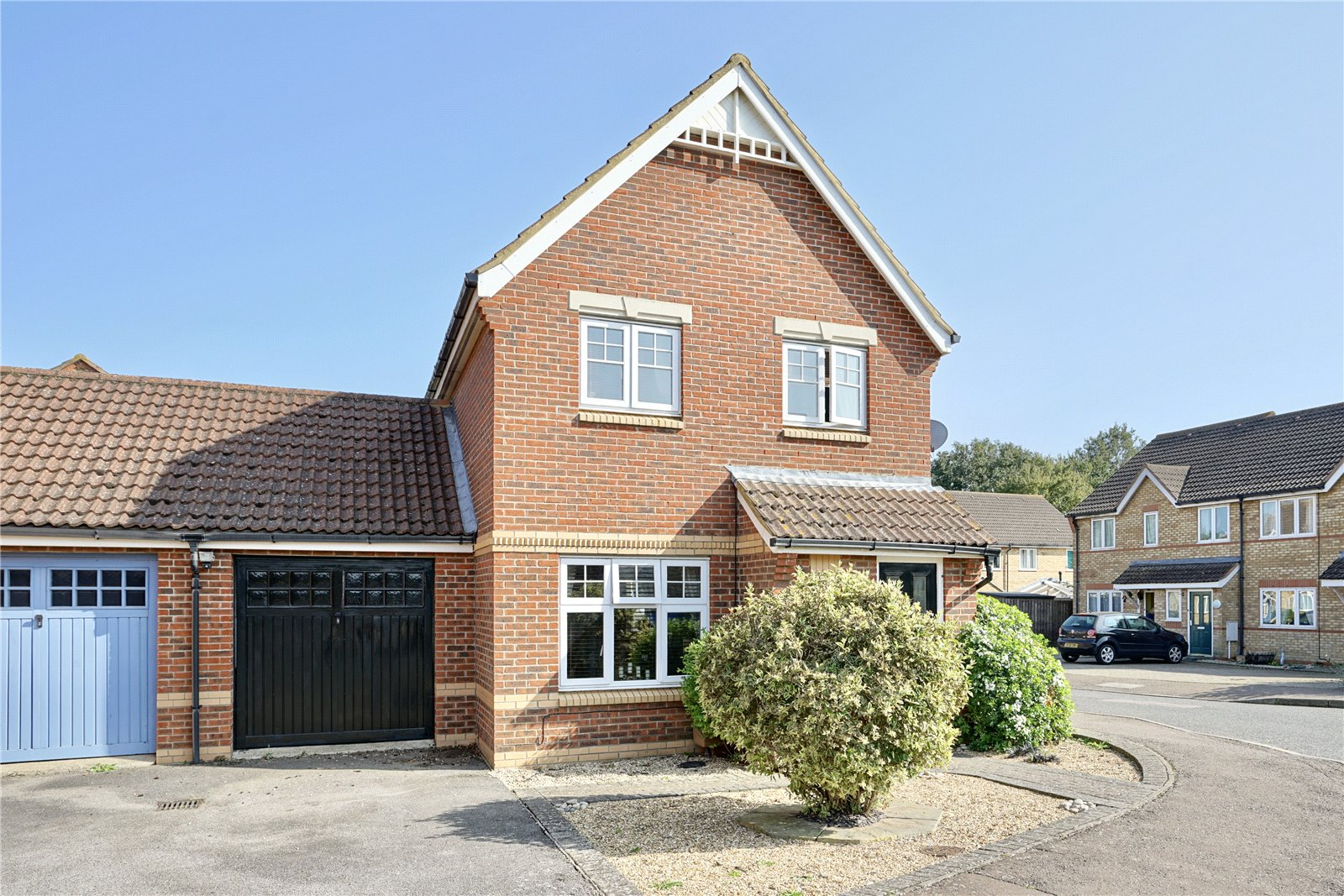 3 bed house for sale in Bluntisham, PE28 3XT  - Property Image 1