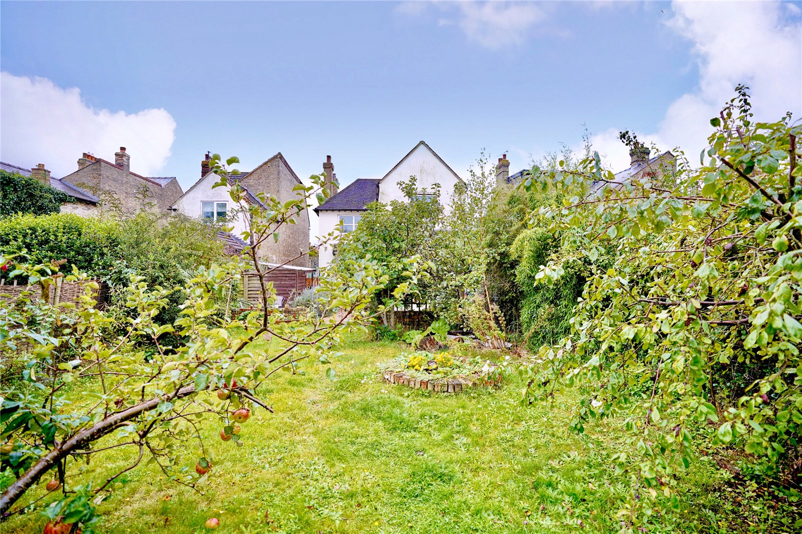 4 bed house for sale in St. Ives, PE27 5QP - Property Image 1