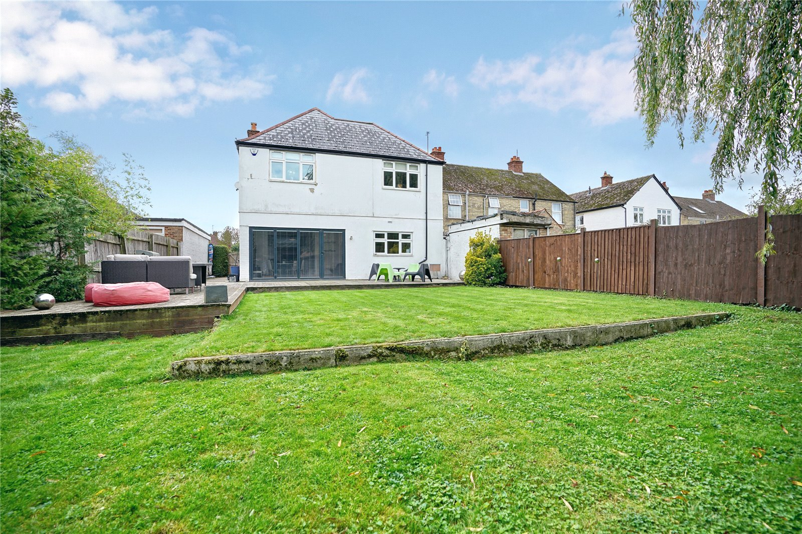 4 bed house for sale in St. Ives, PE27 3NG  - Property Image 1