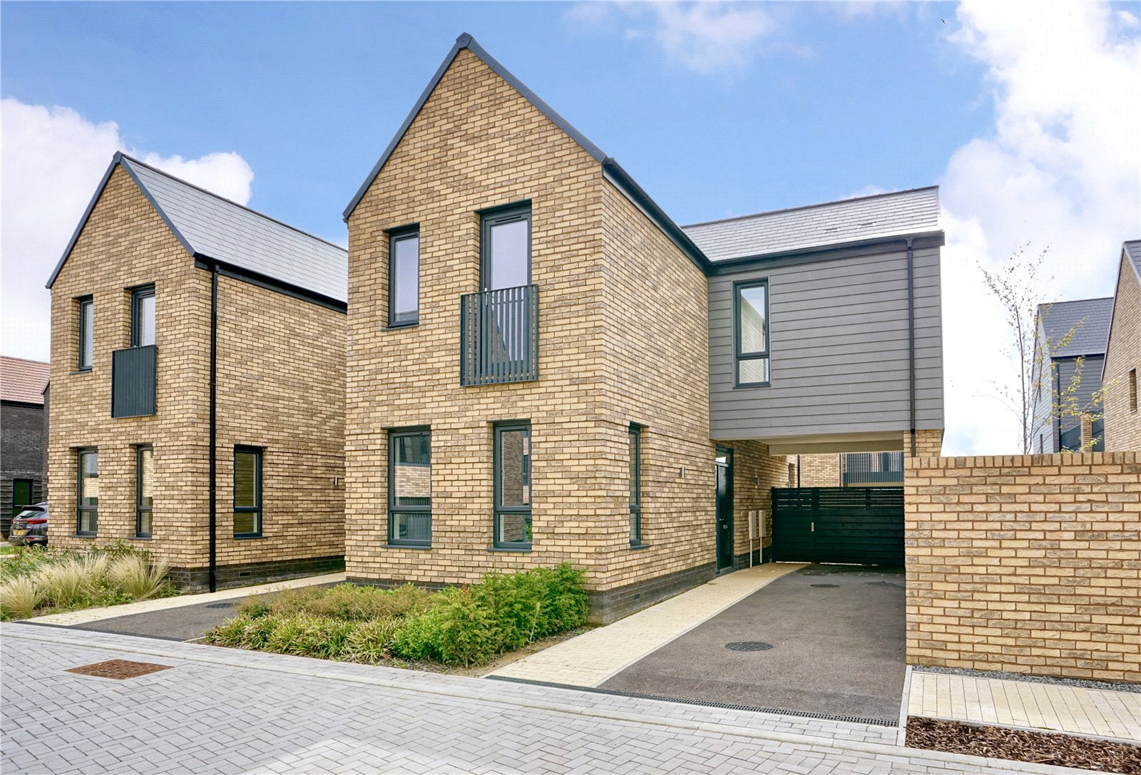 3 bed house for sale in Alconbury Weald, PE28 4LD  - Property Image 1