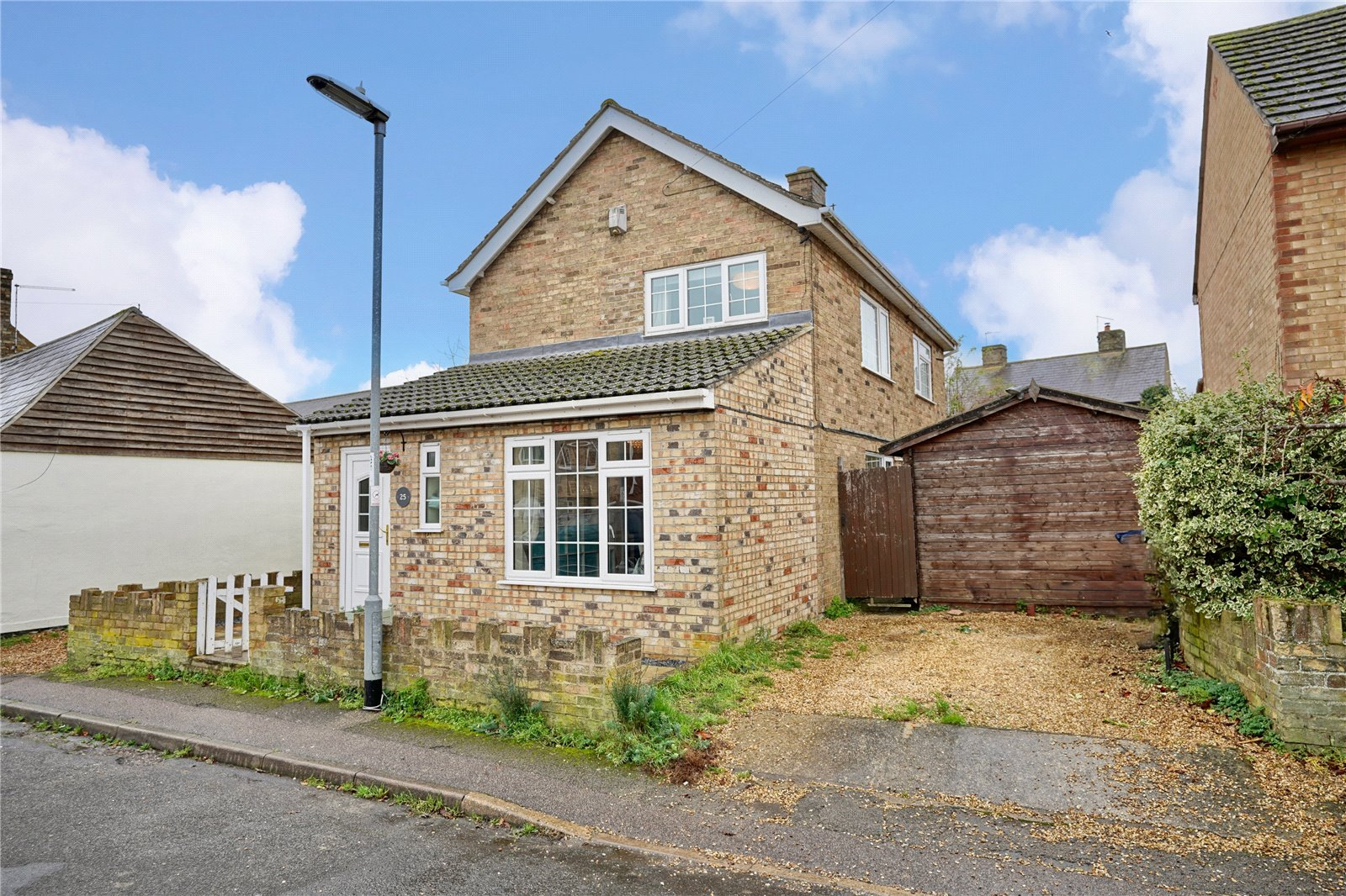3 bed house for sale in Godmanchester, PE29 2JN  - Property Image 1