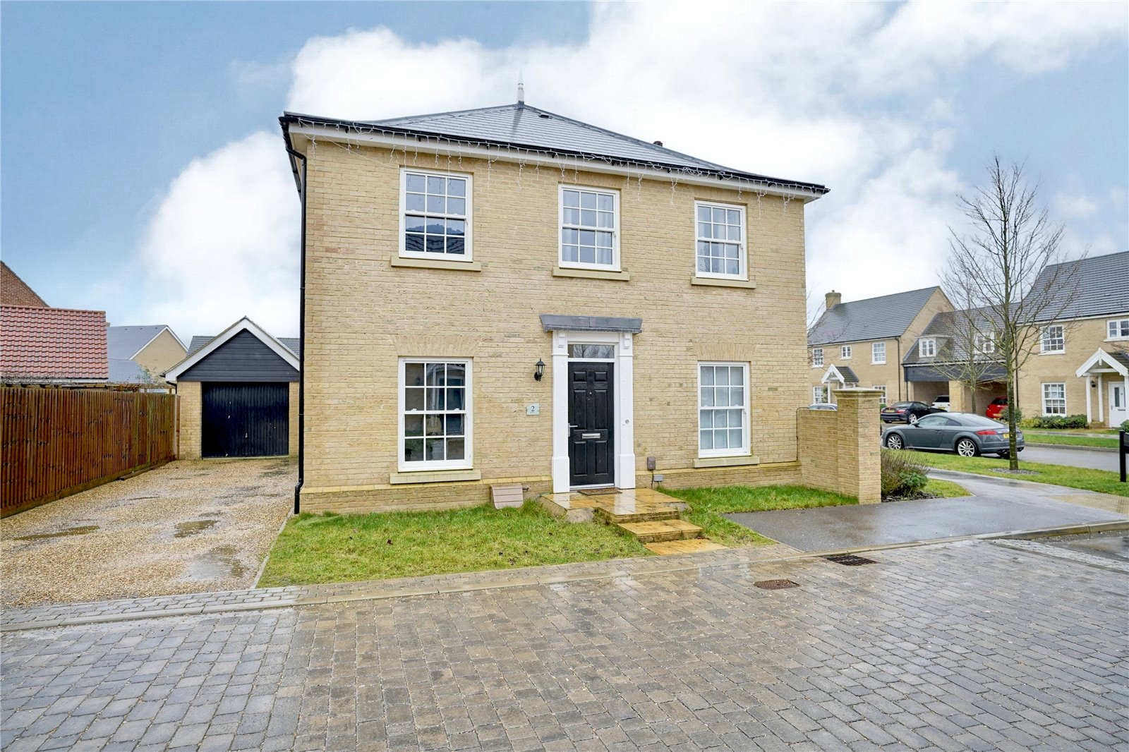 4 bed house for sale in Alconbury Weald, PE28 4XU - Property Image 1