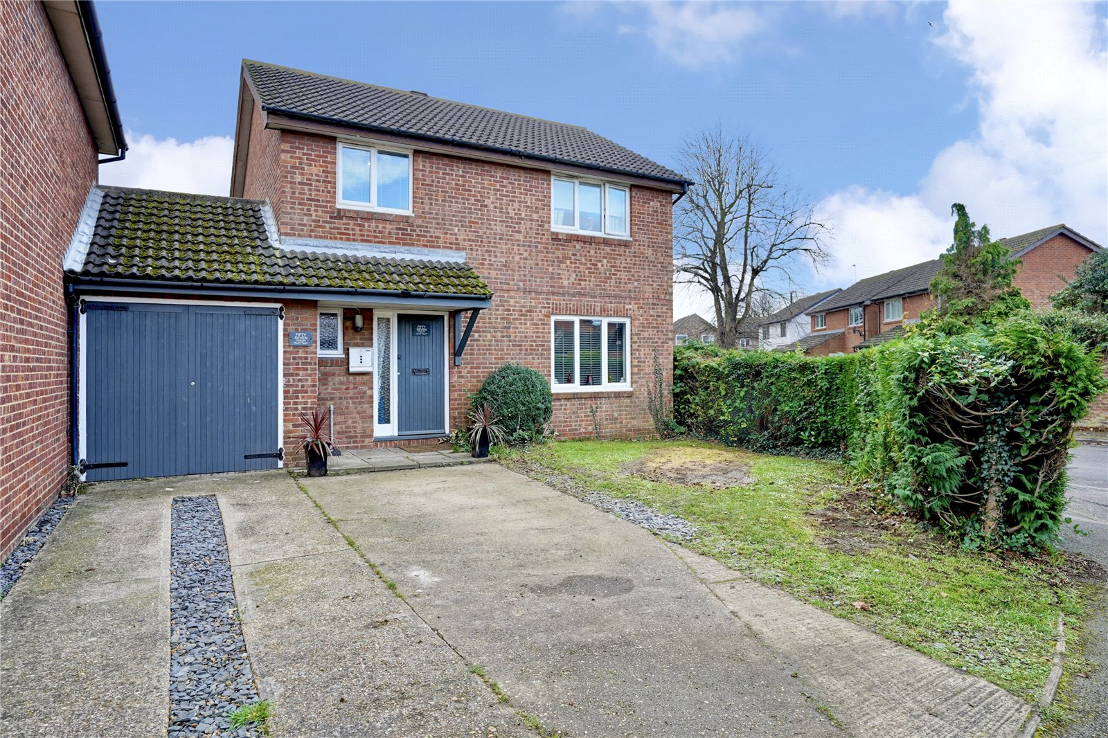 4 bed house for sale in Somersham, PE28 3JT - Property Image 1